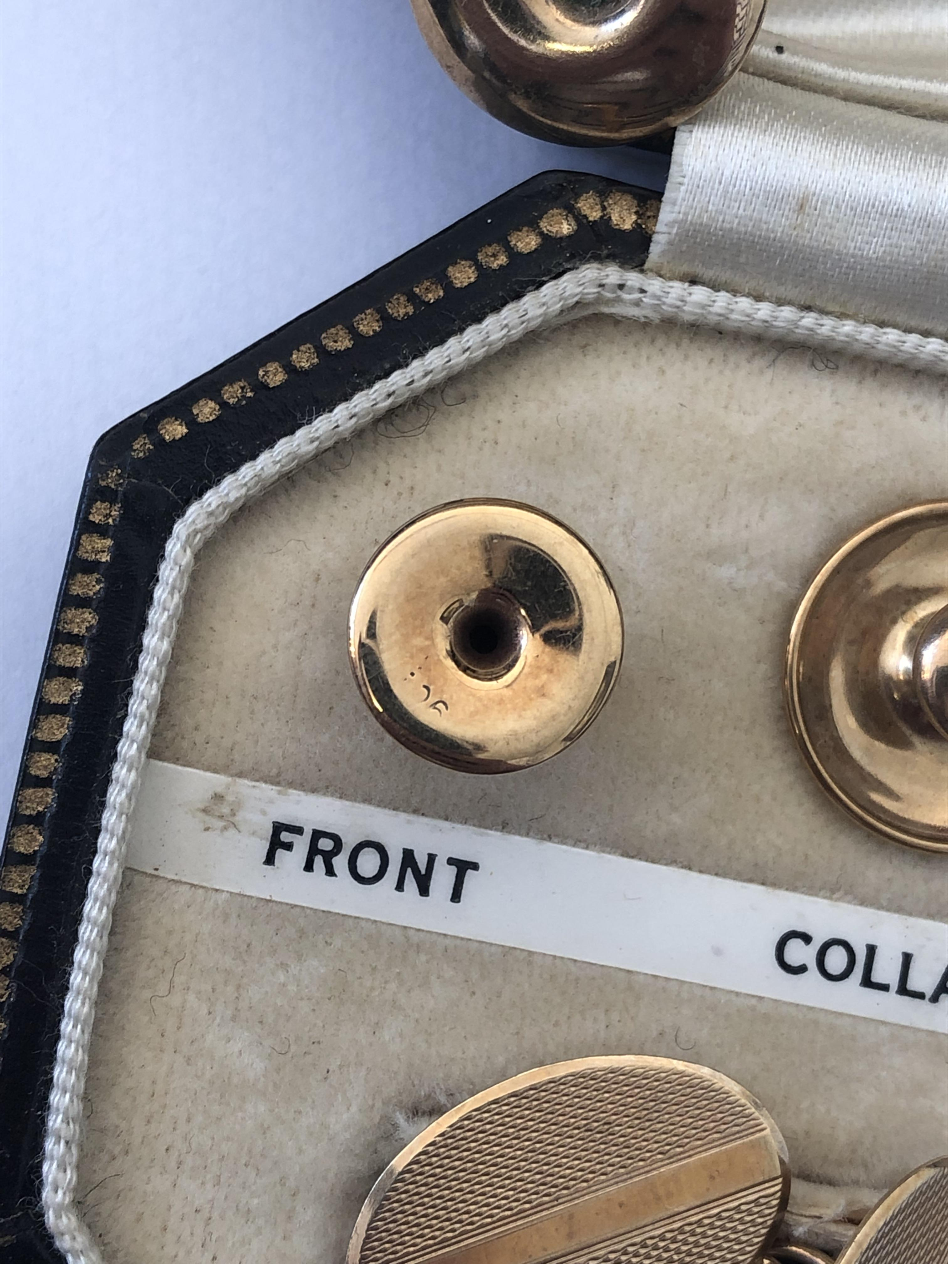 Lot 227 - 9CT GOLD CASED COMPLETE DRESS SET OF COLLAR STUDS AND CUFF LINKS 7.