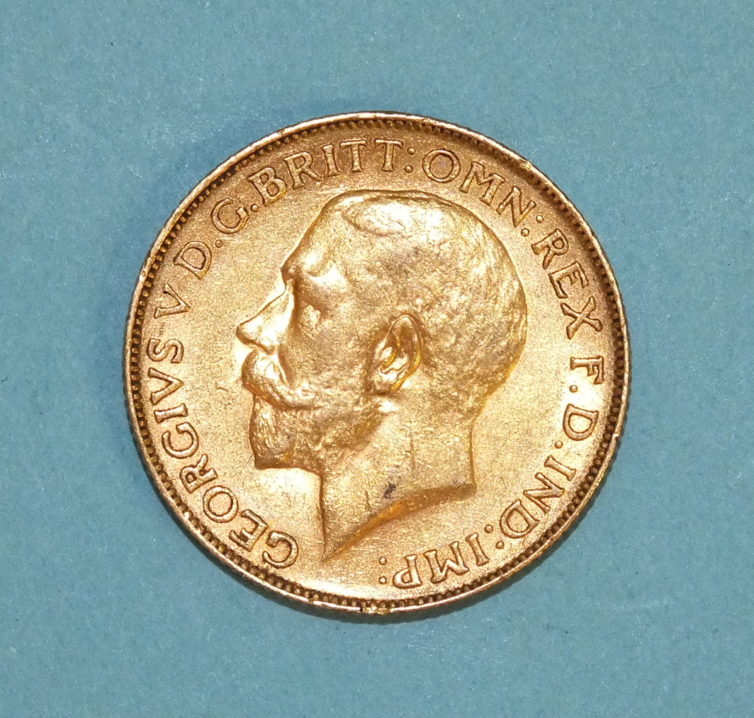 Lot 268 - A 1925 sovereign, South Africa Mint.