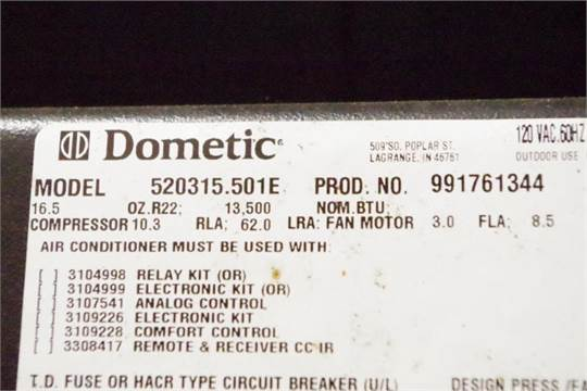 DOMETIC RV Air Conditioner DUO-Therm 13,500 BTU, M/N 520315 501E