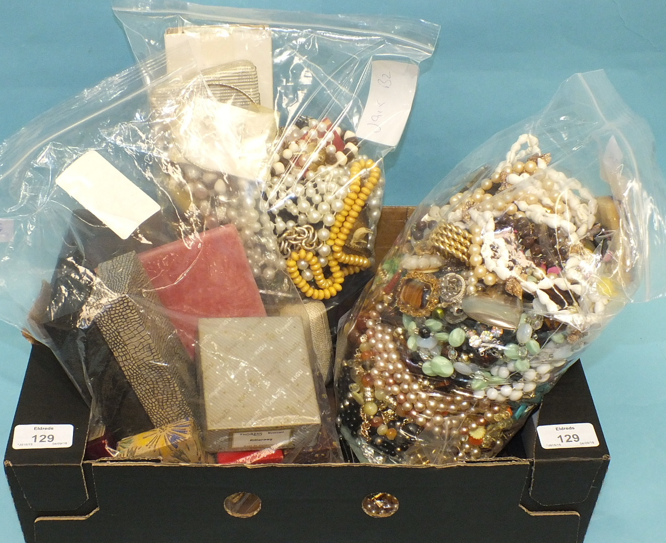 Lot 129 - A large quantity of costume jewellery and other items.
