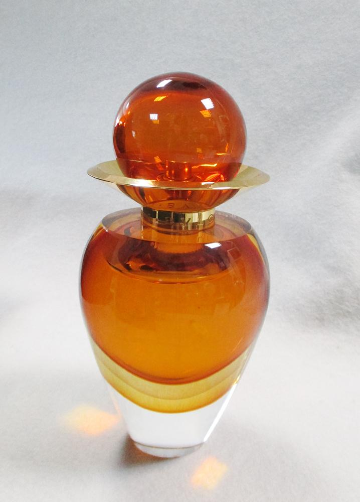 Lot 15 - Bvlgari, Le Gemme Collezione Murano, a limited edition Murano glass bottle of Zahira Eau de