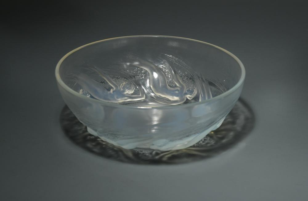 Lot 7 - Ondines, an R. Lalique opalescent glass bowl, of circular form moulded with a band of swirling naked