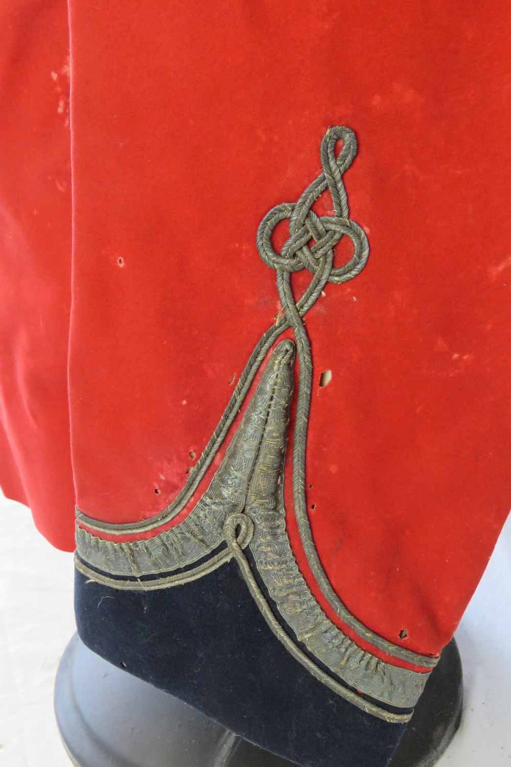Lot 25 - A WWI British Military Officers Royal Sussex Regiment ceremonial tunic,