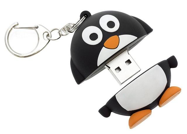Lot 16167 - V Brand New My Doodles 8GB Penguin USB Flashdrive - Ebay Price £19.92