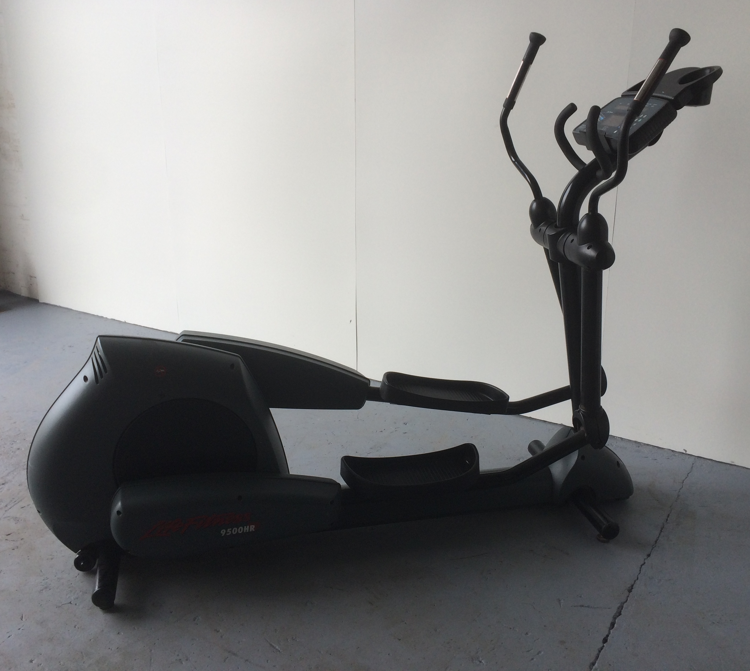 Photos of Cross Trainer Life Fitness 9500hr