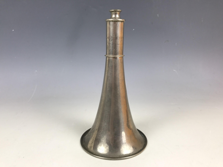 Lot 17 - An early 20th Century The Acme Siren horn