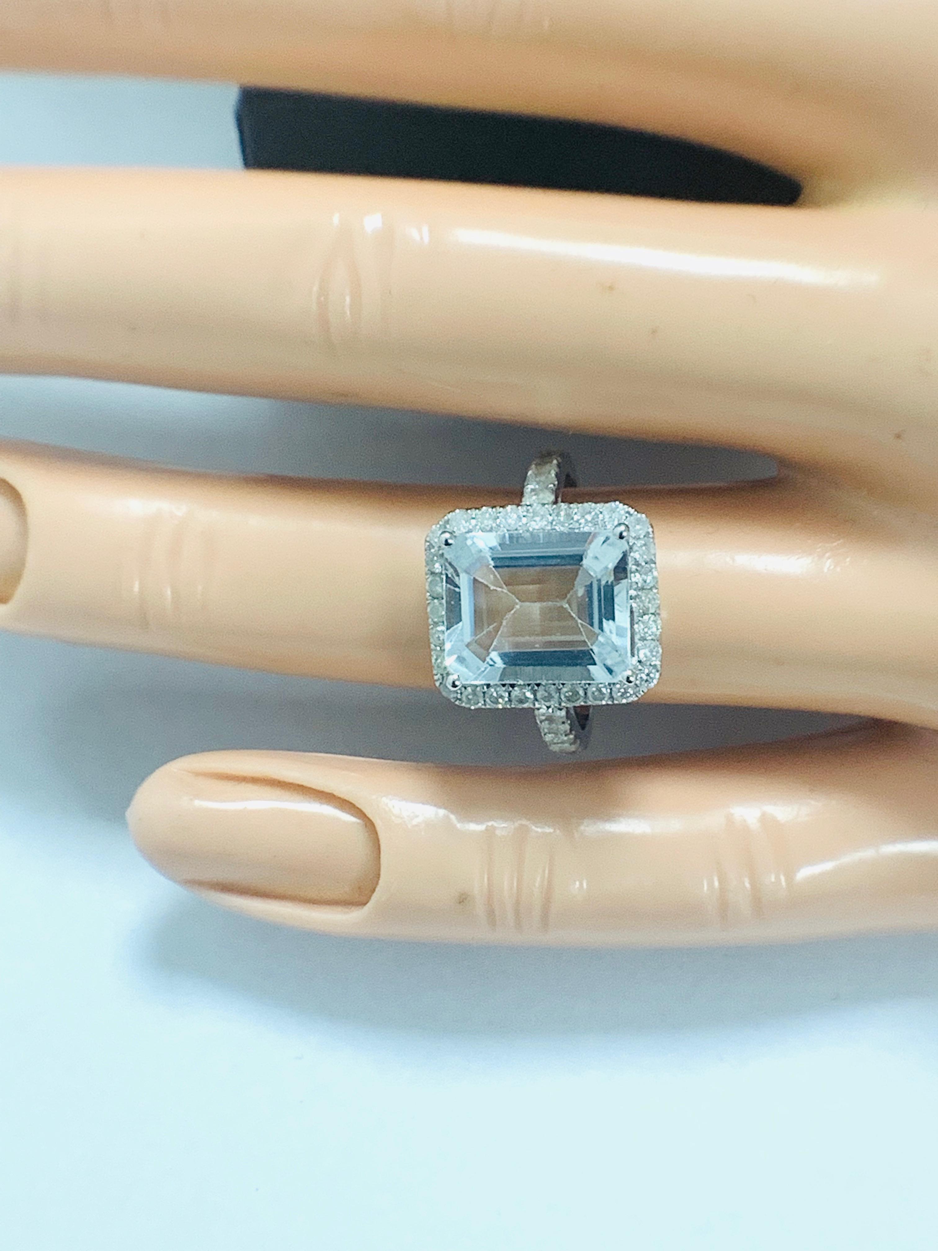 14ct White Gold Aquamarine and Diamond ring - Image 11 of 12