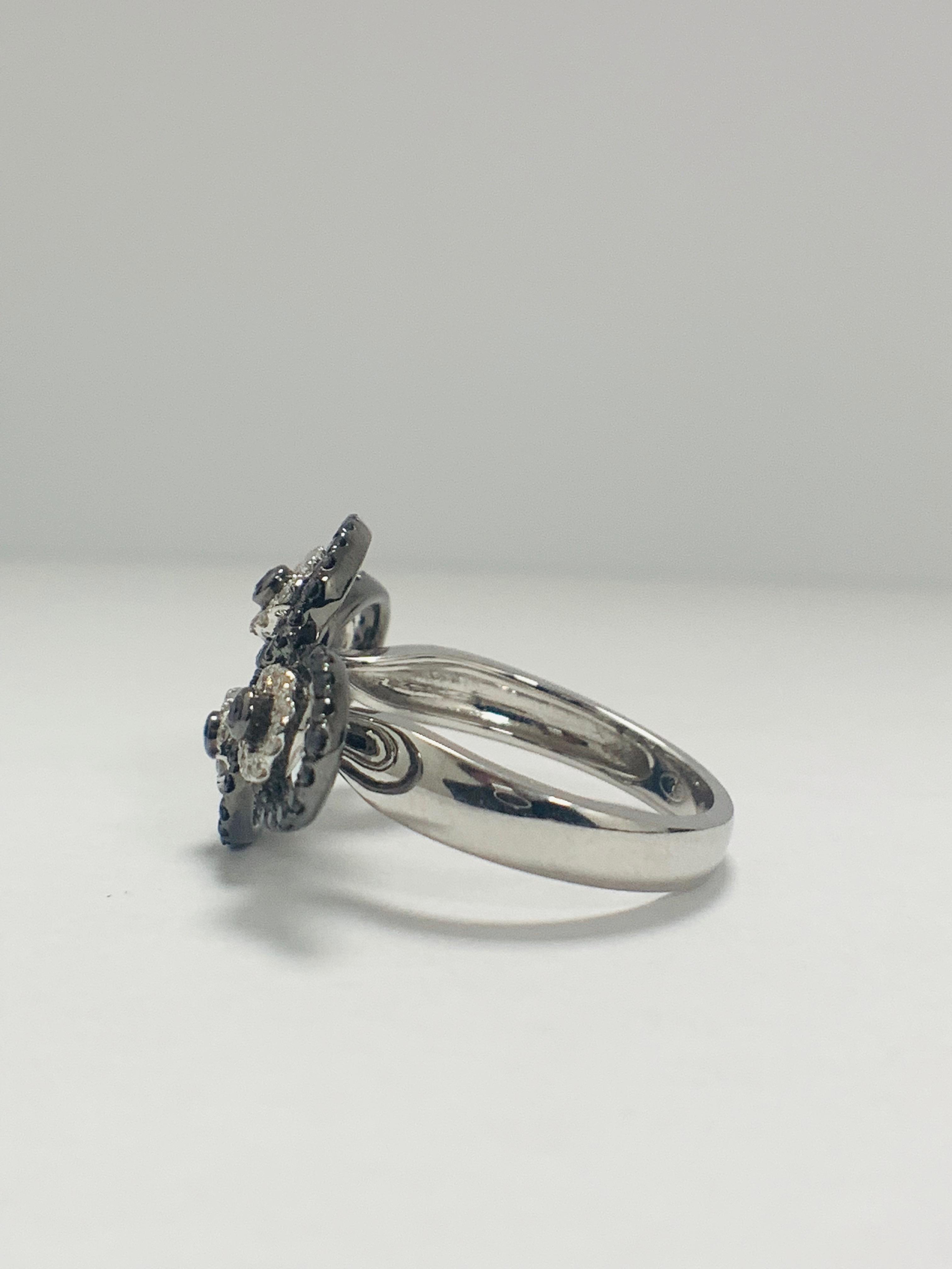 18ct White Gold Diamond ring featuring 80 round cut, black Diamonds (0.61ct TBDW) - Image 3 of 12