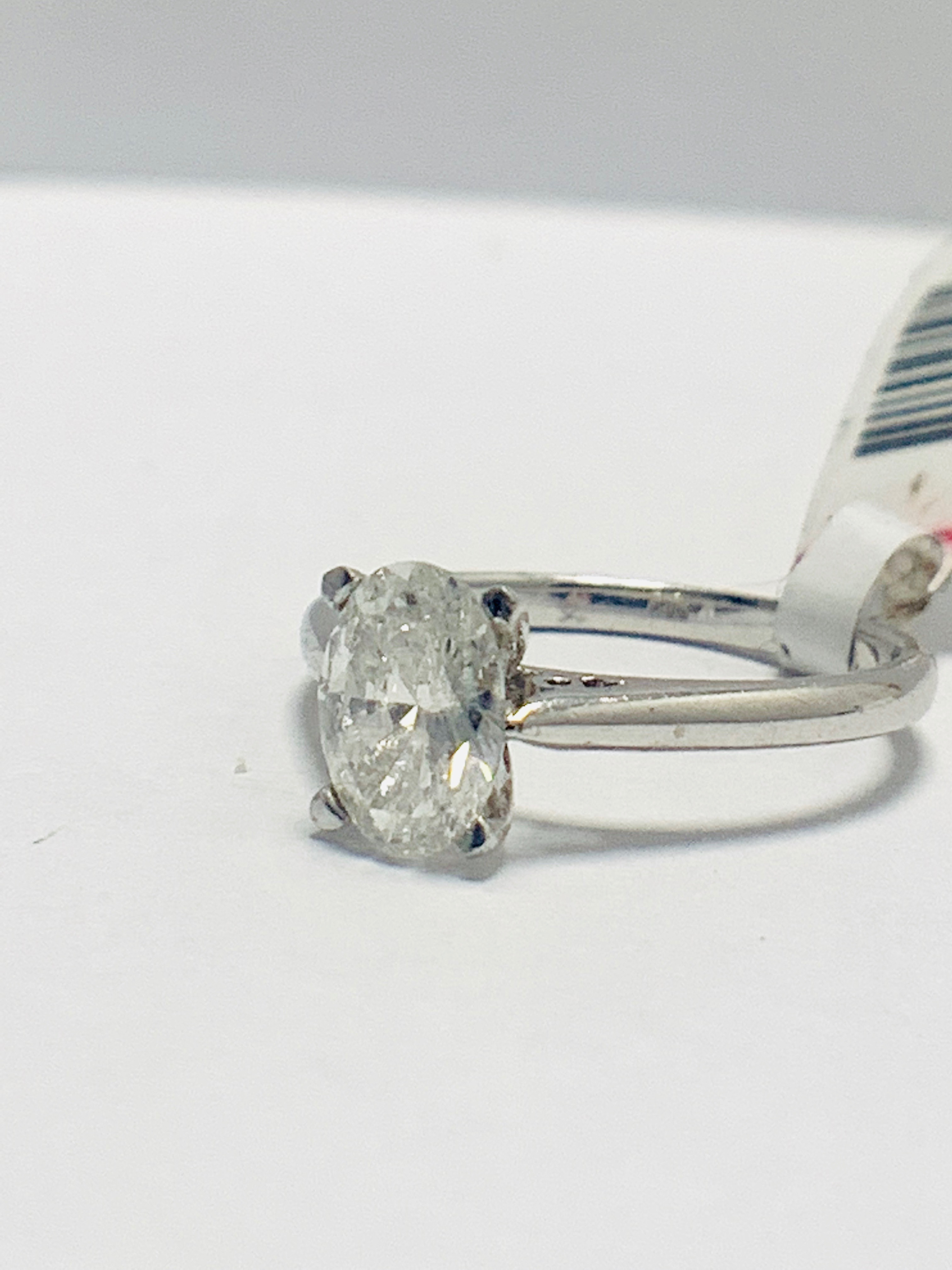 1ct Oval diamond solitaire platinum ring - Image 2 of 9