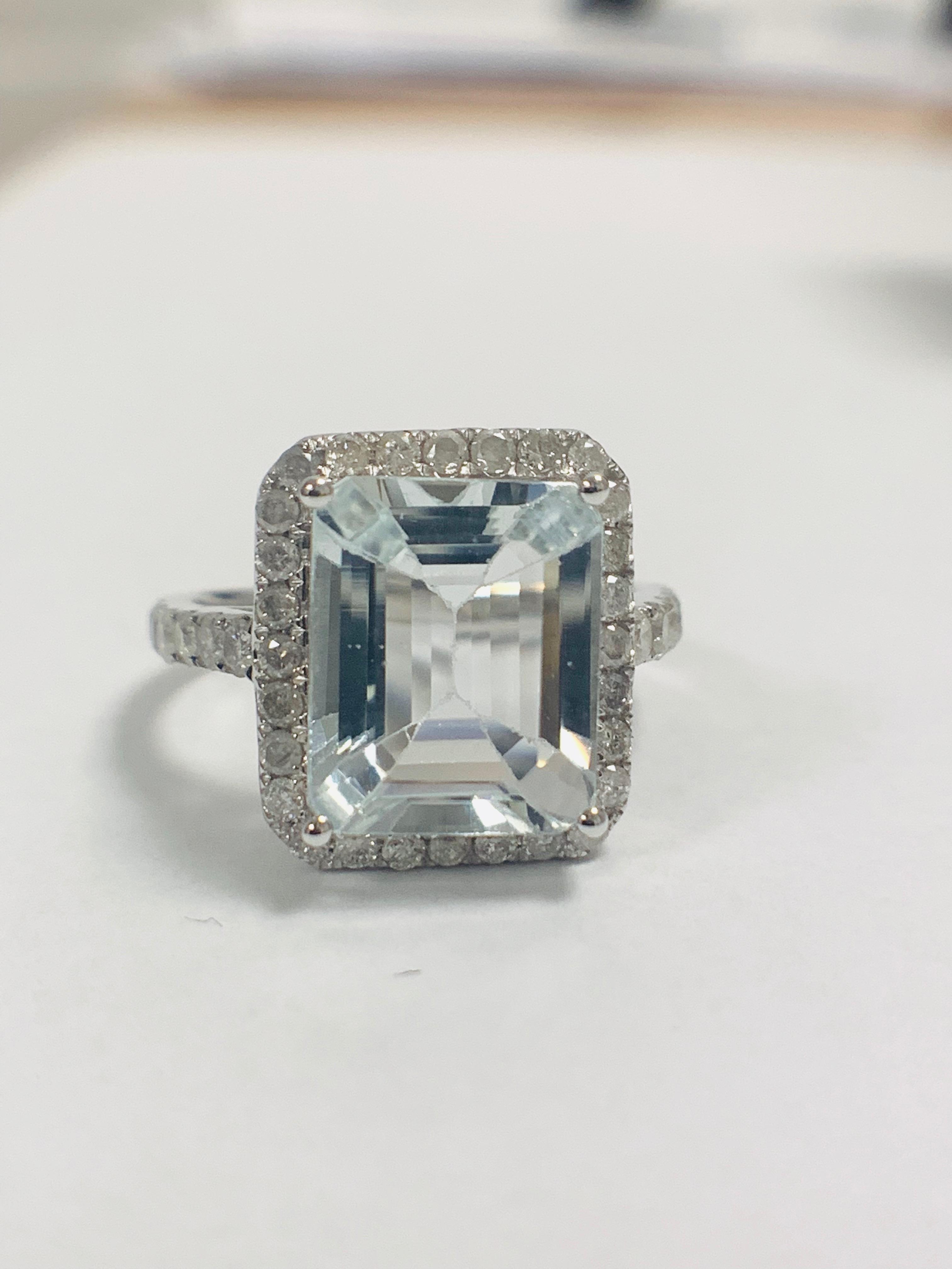 14ct White Gold Aquamarine and Diamond ring