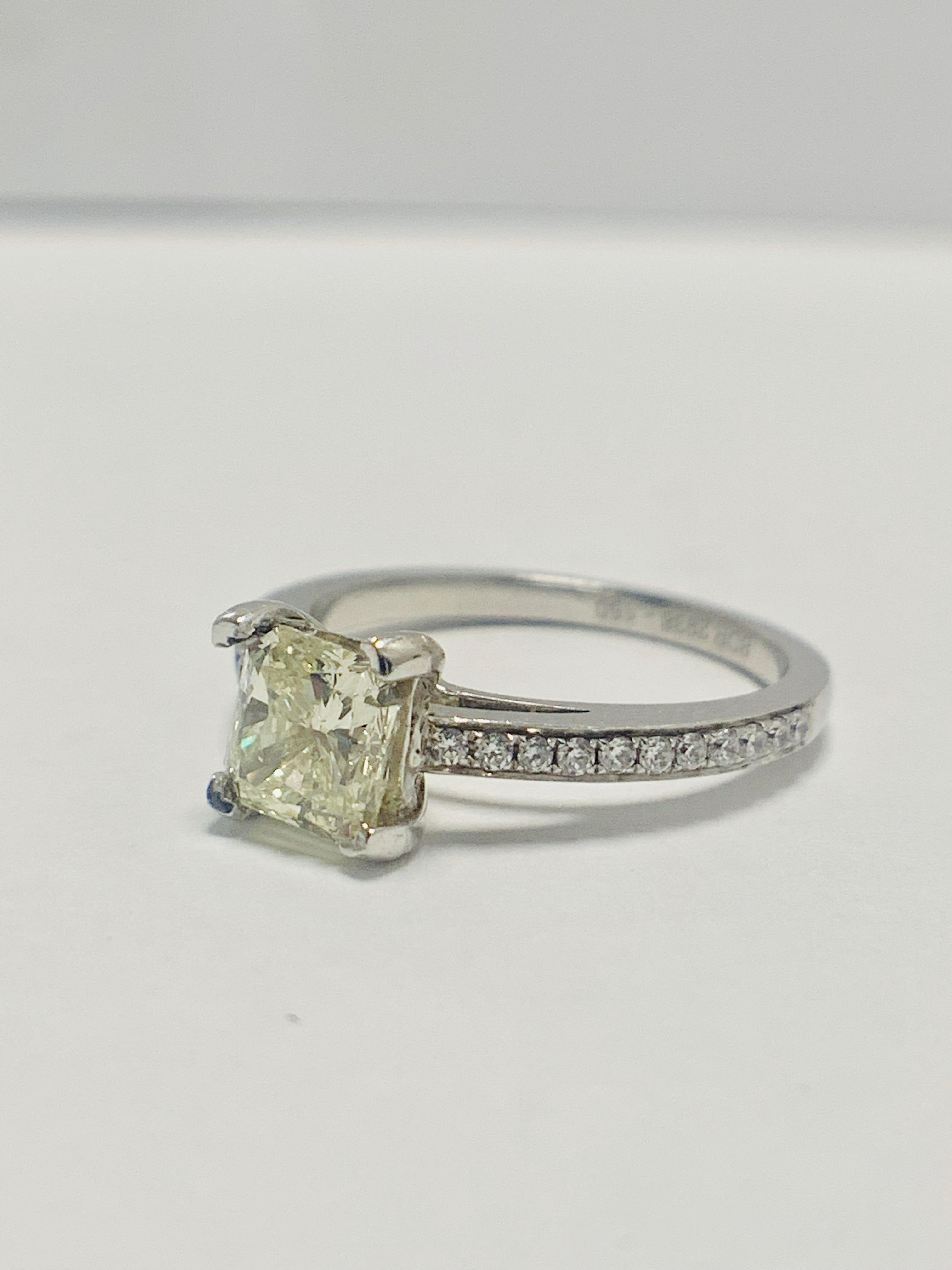 1ct cushion cut platinum diamond solitaire ring - Image 2 of 8