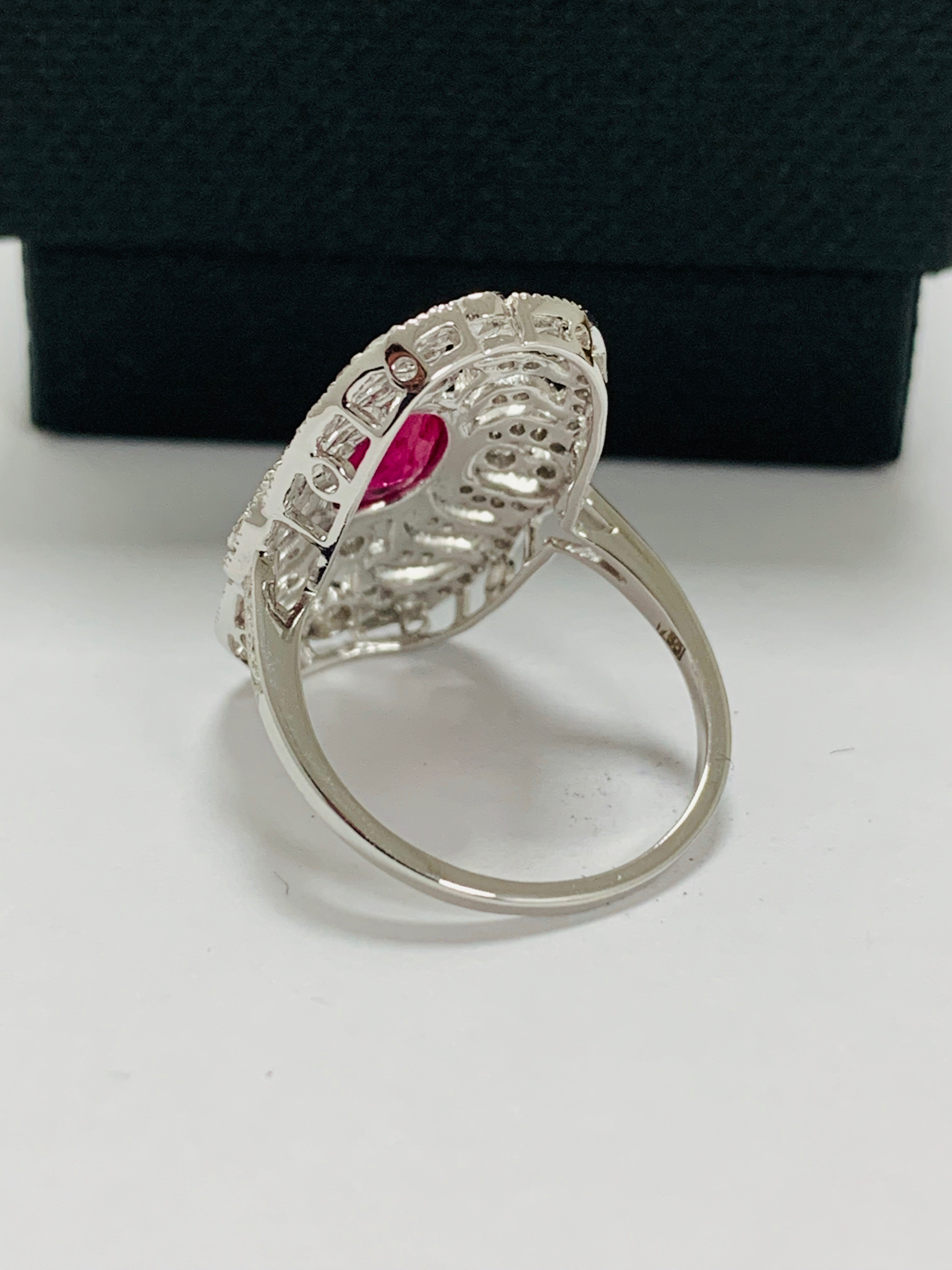 18ct white gold ruby& diamond ring. - Image 5 of 11