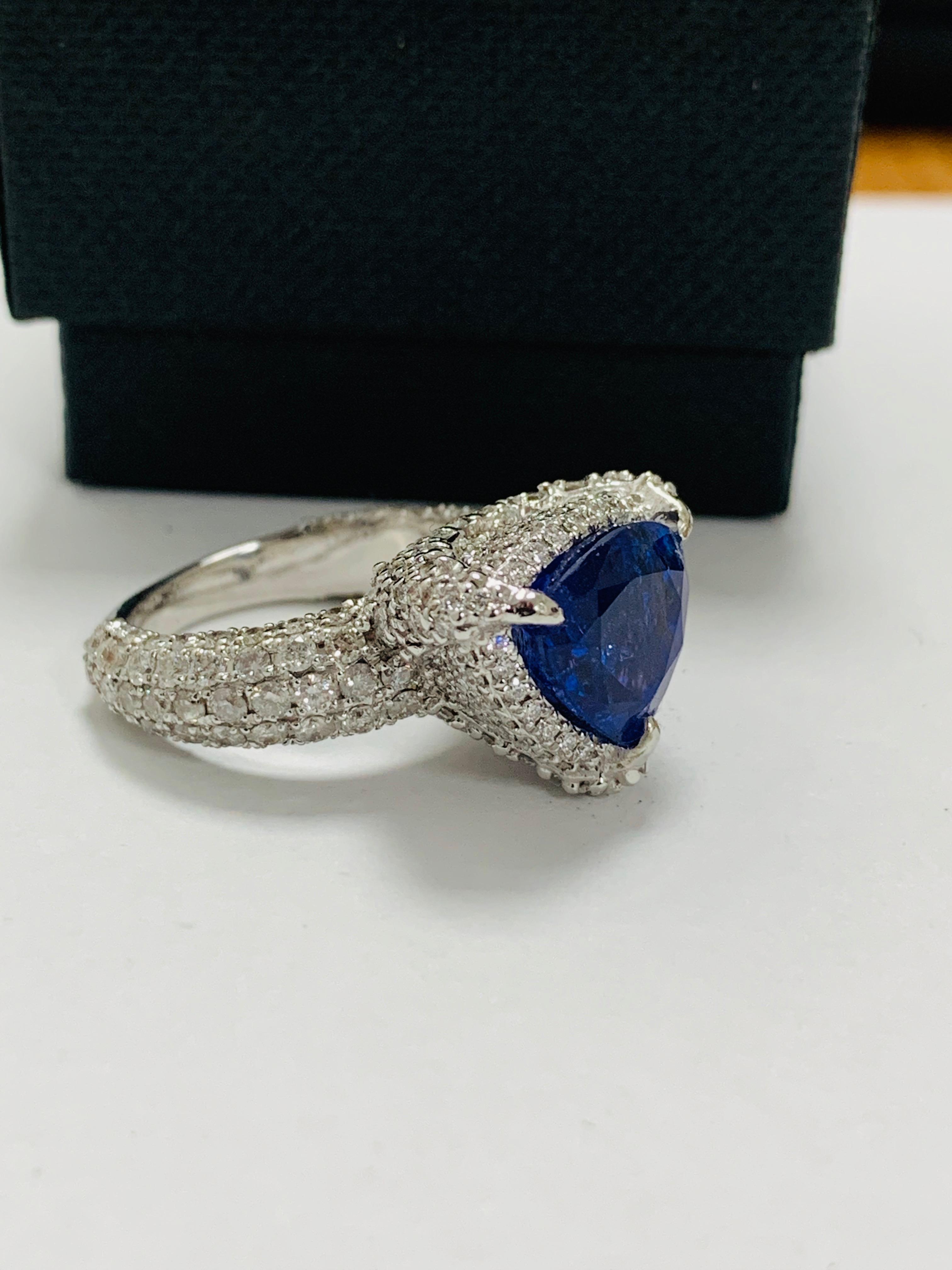 platinum tanzanite ring - Image 9 of 13