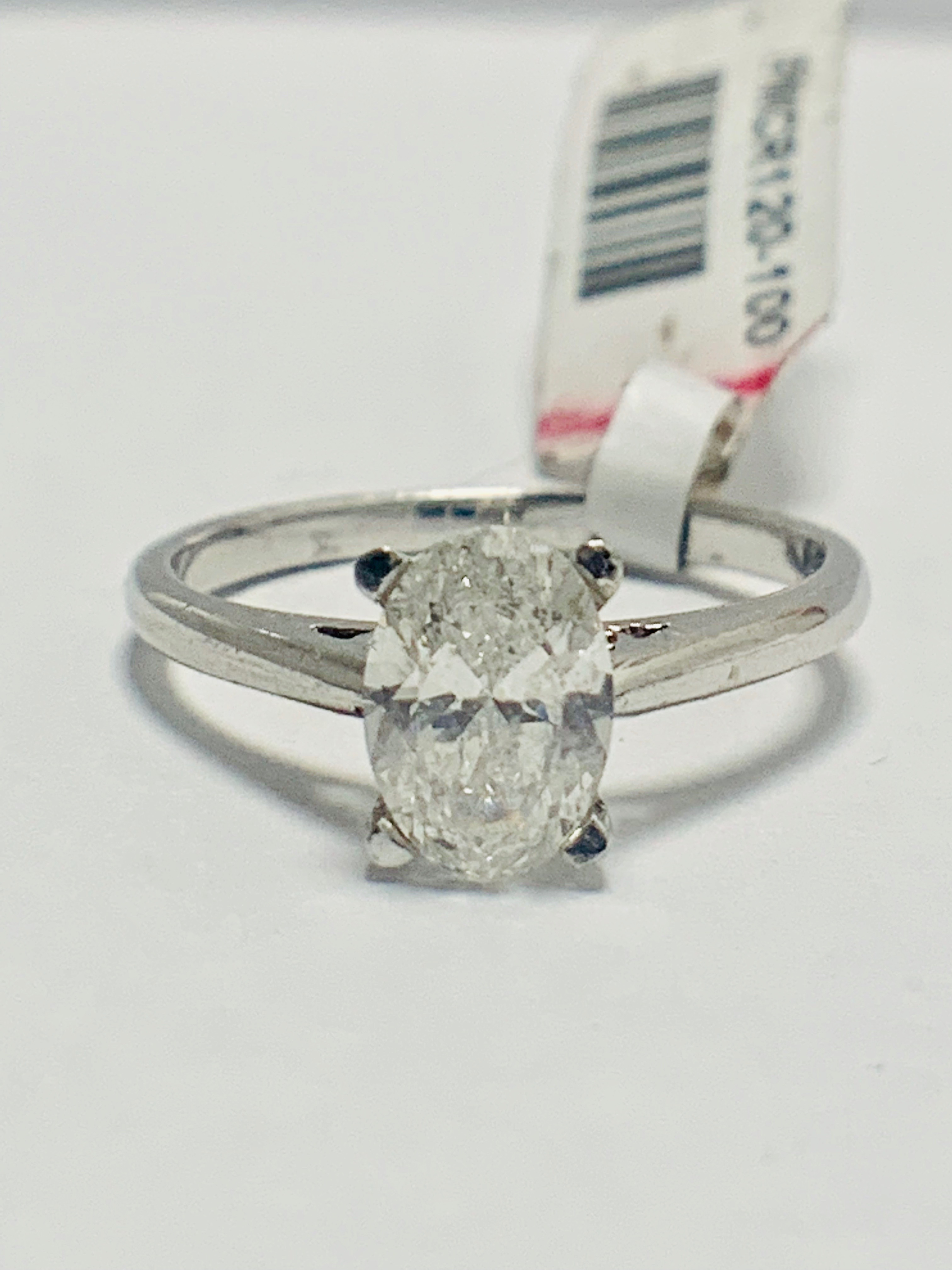 1ct Oval diamond solitaire platinum ring - Image 8 of 9