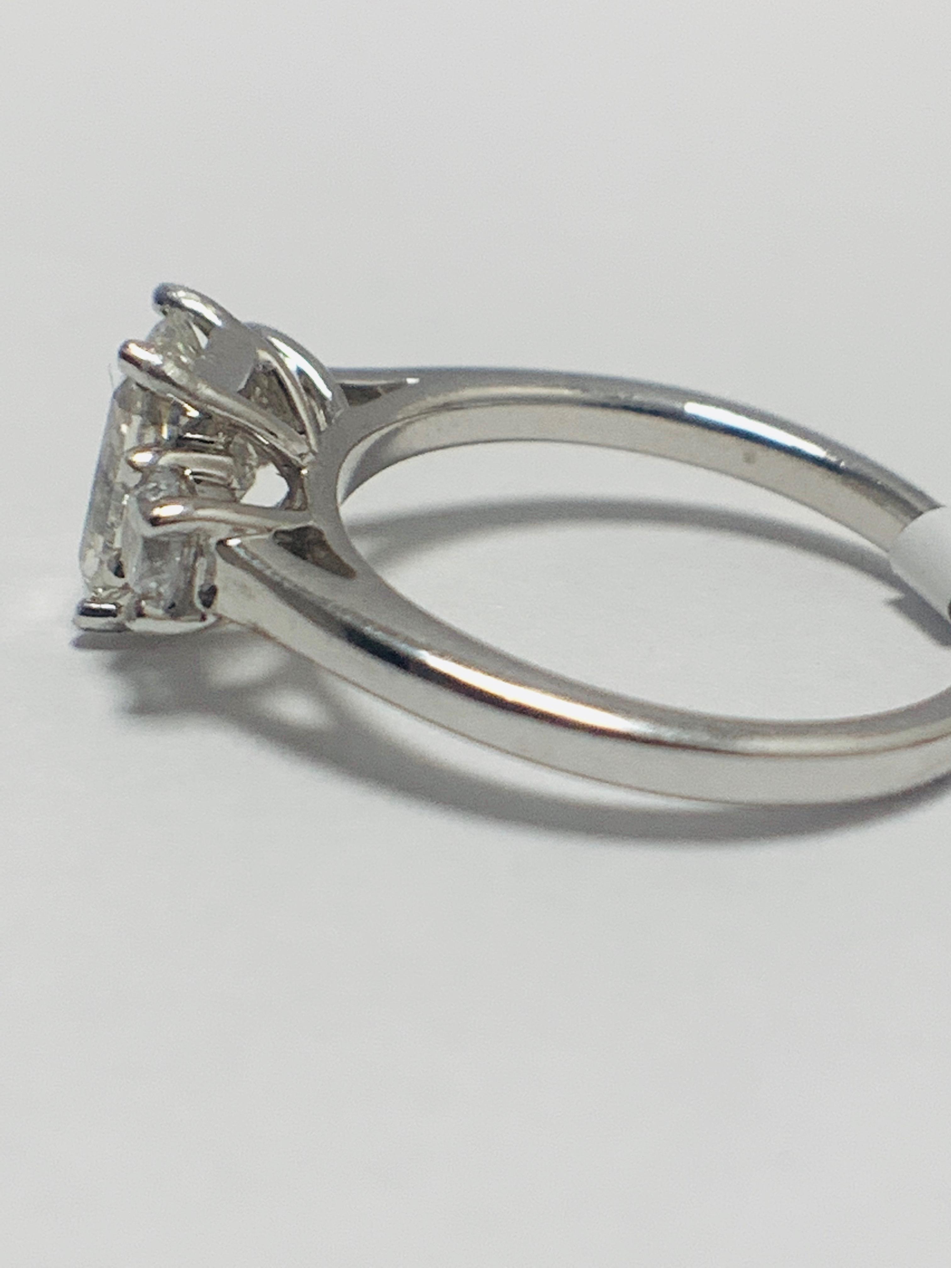 1.50ct trilogy platinum diamond ring - Image 4 of 10