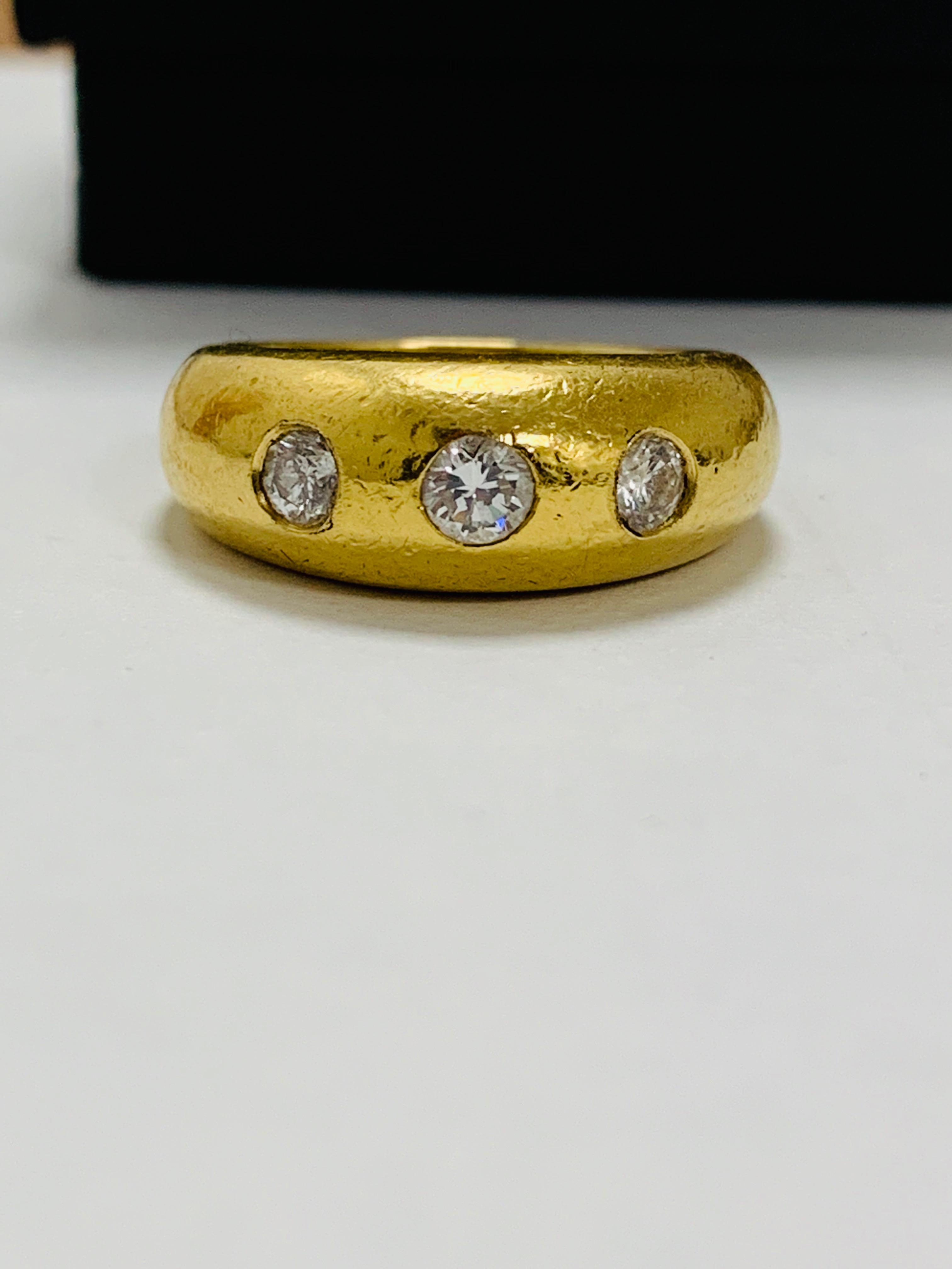 14ct white gold aquamarine & diamond pendant.