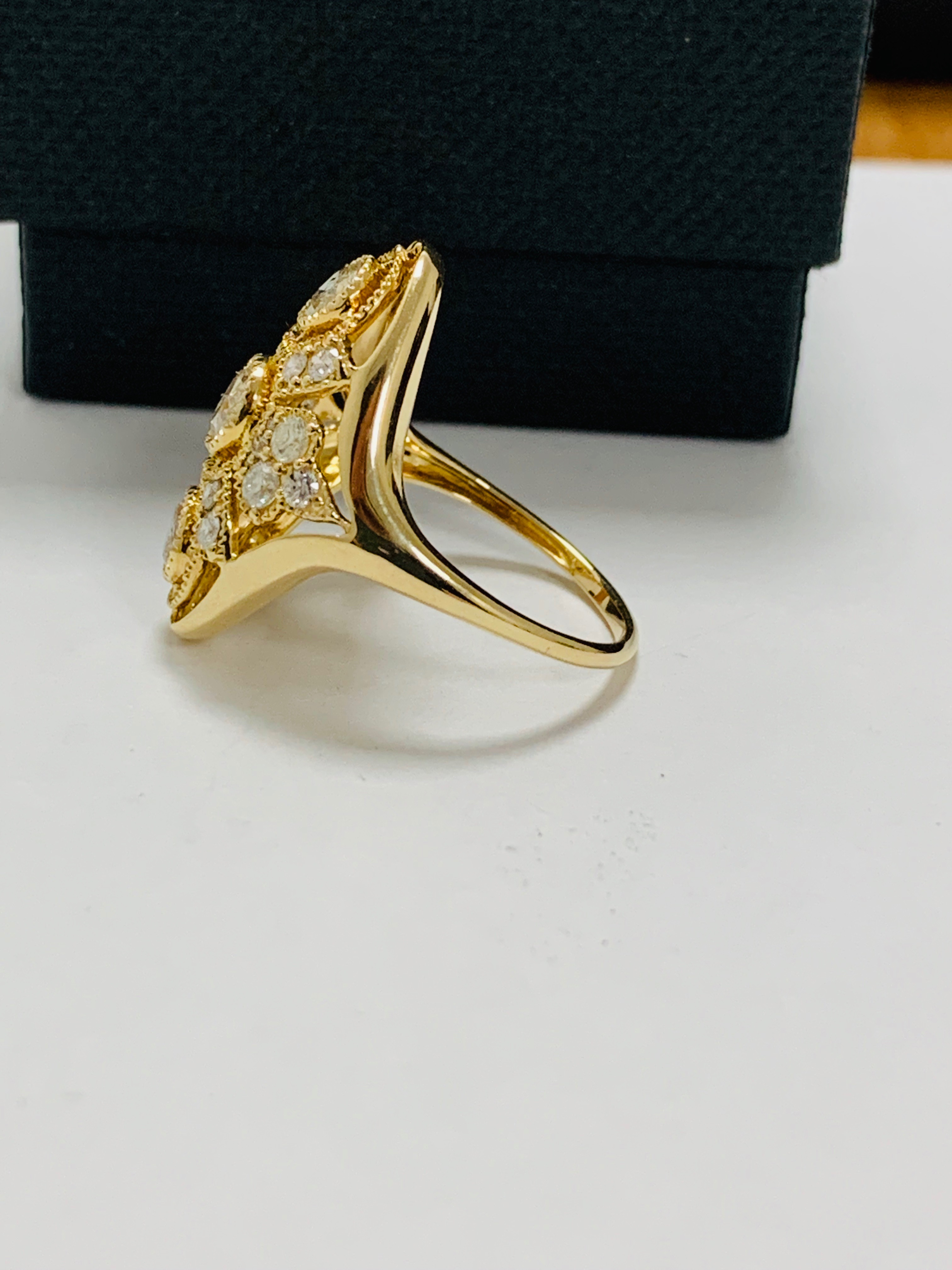 14ct yellow gold diamond ring. - Image 3 of 11