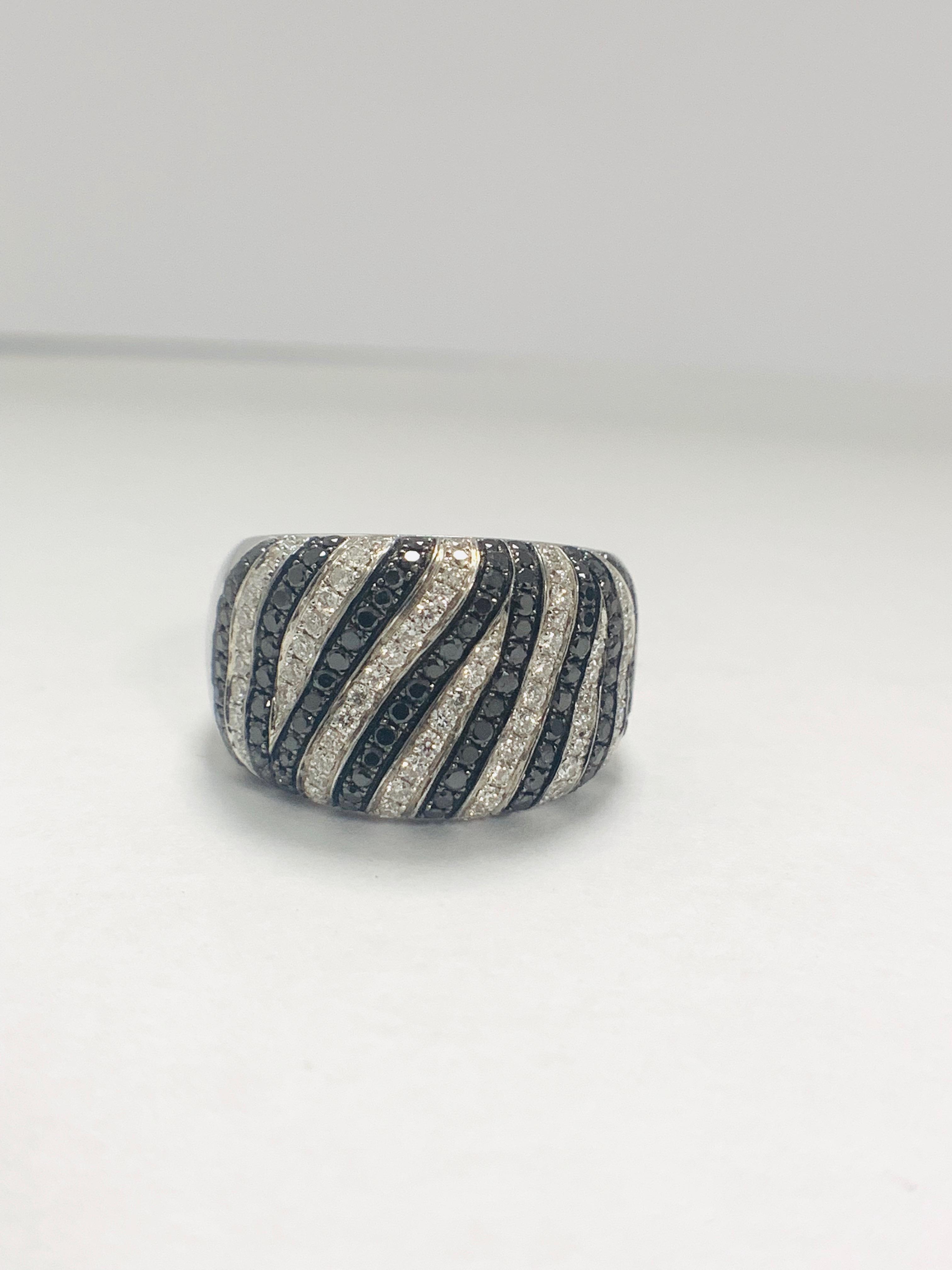 18ct White Gold Diamond ring - Image 9 of 14