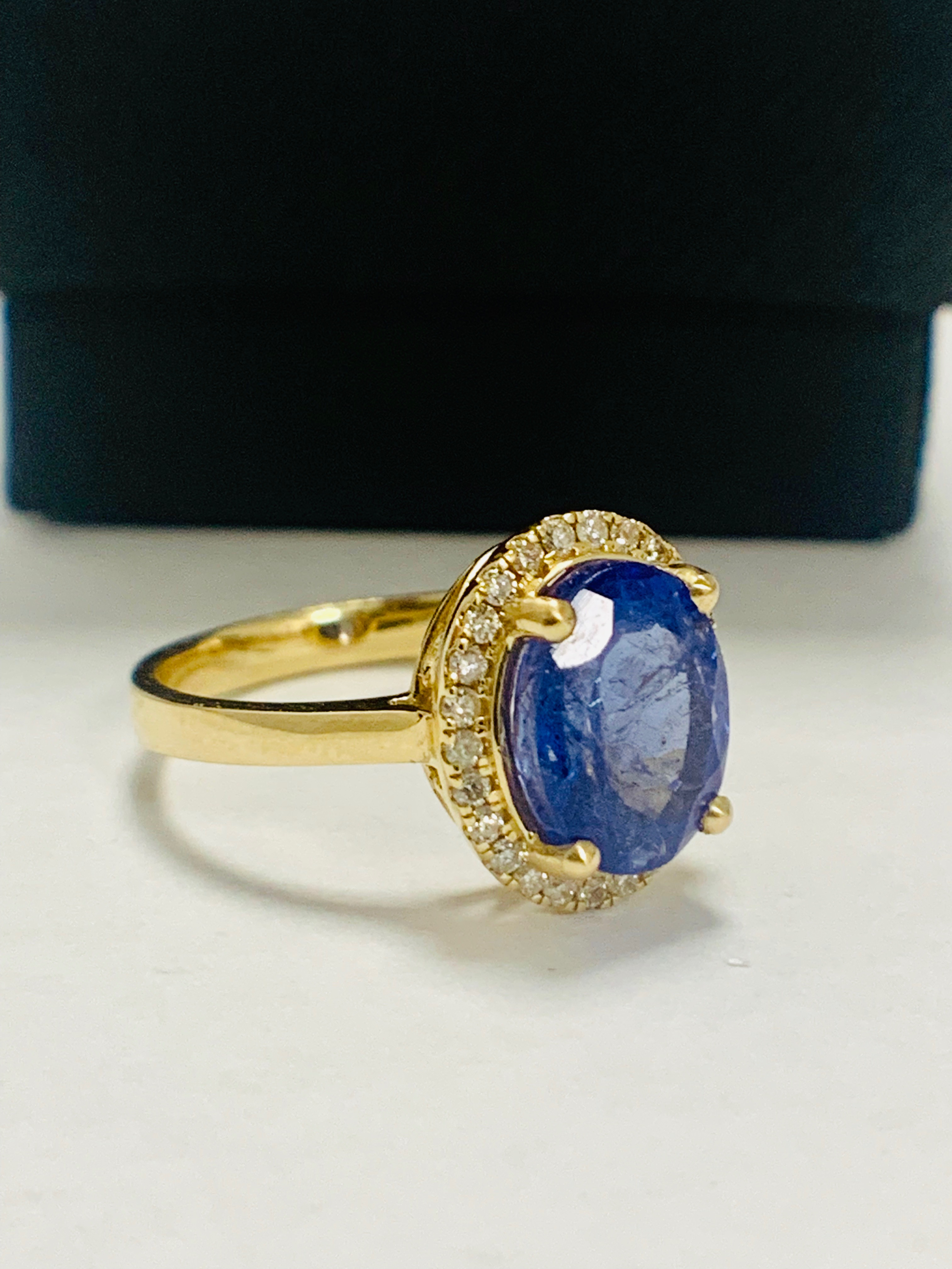 14ct Yellow Gold Tanzanite and Diamond ring - Image 9 of 13