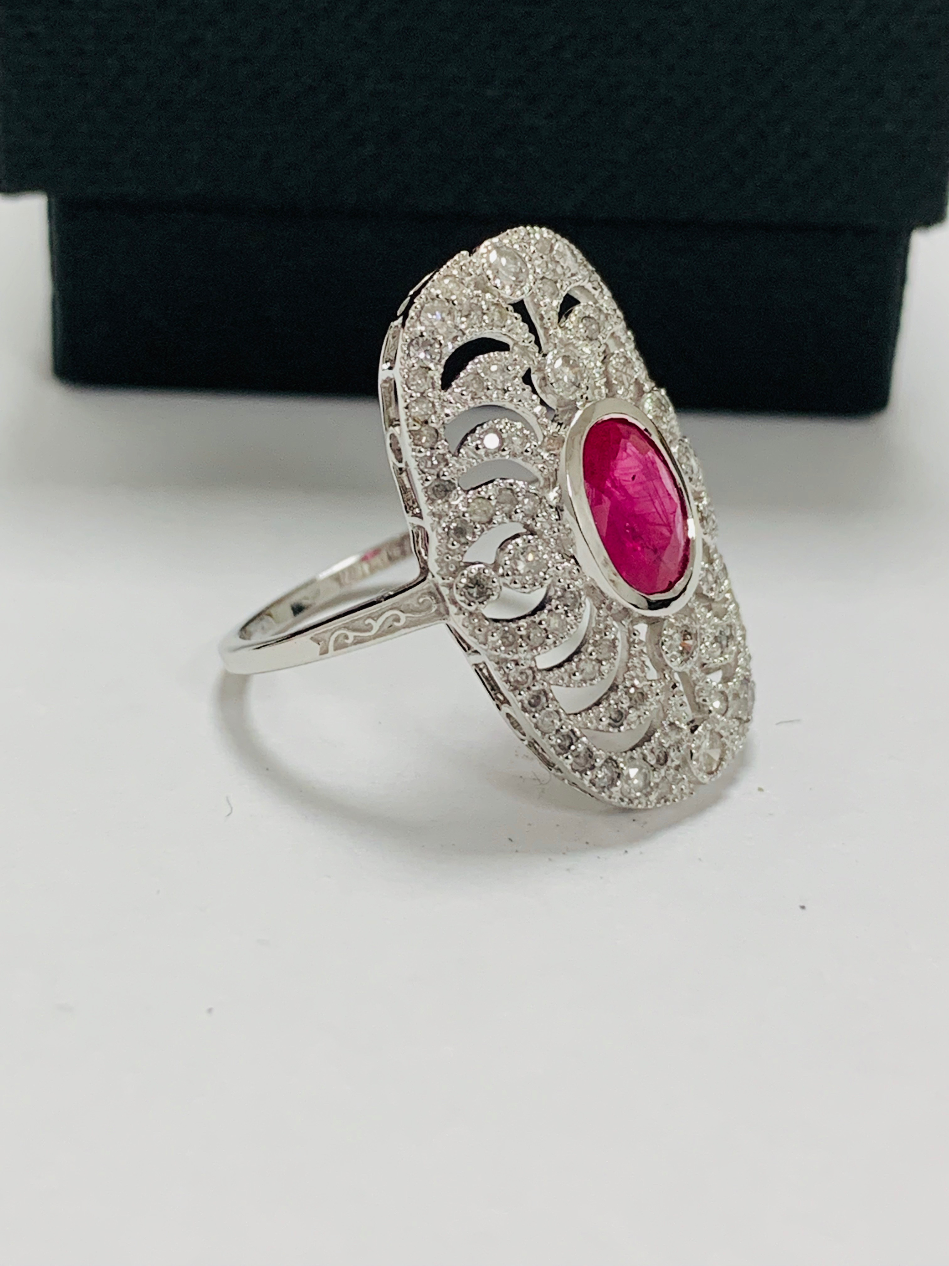 18ct white gold ruby& diamond ring. - Image 9 of 11