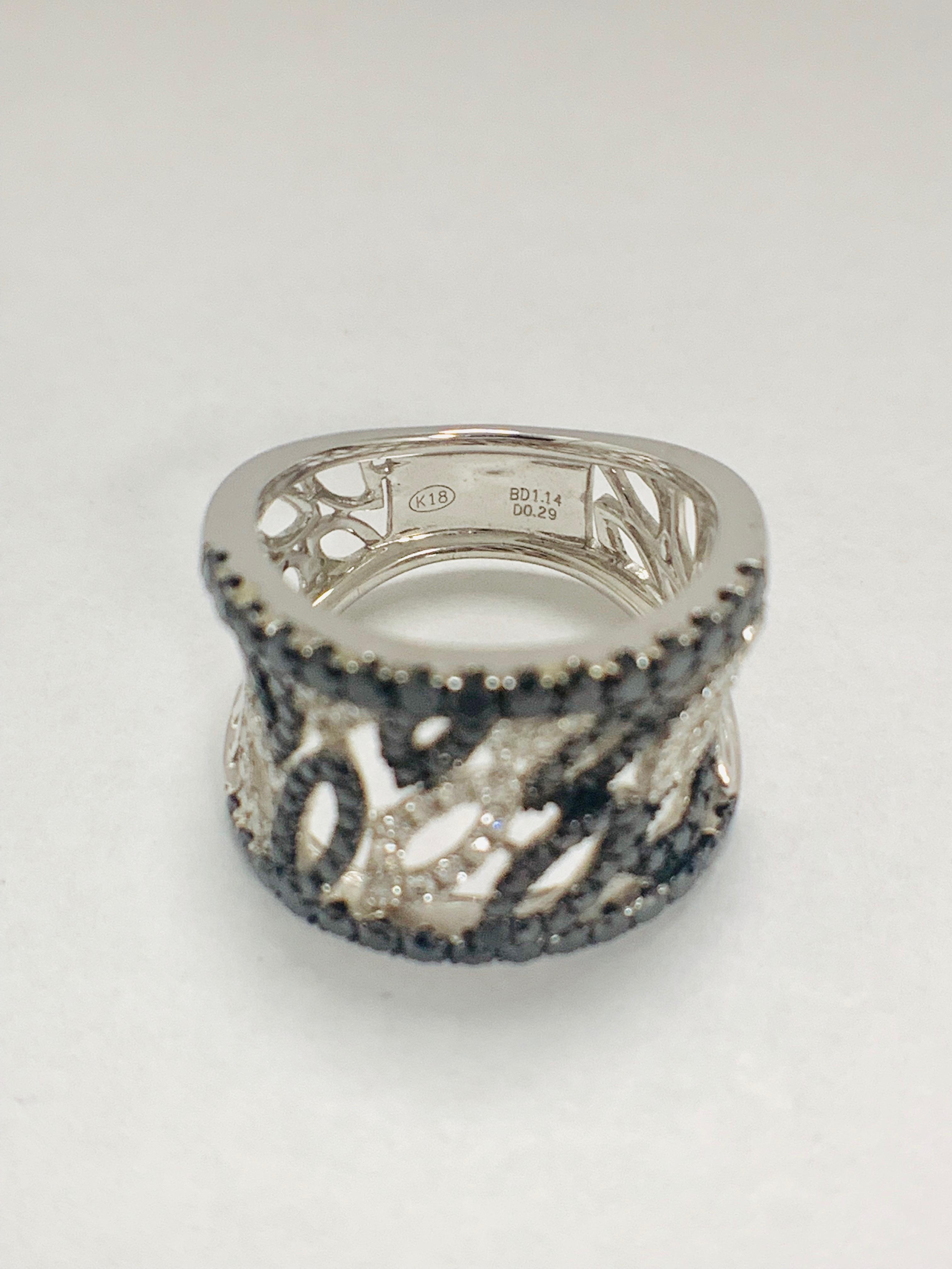 18ct White Gold Diamond ring featuring 90 round cut, black Diamonds (1.14ct TBDW) - Image 10 of 15