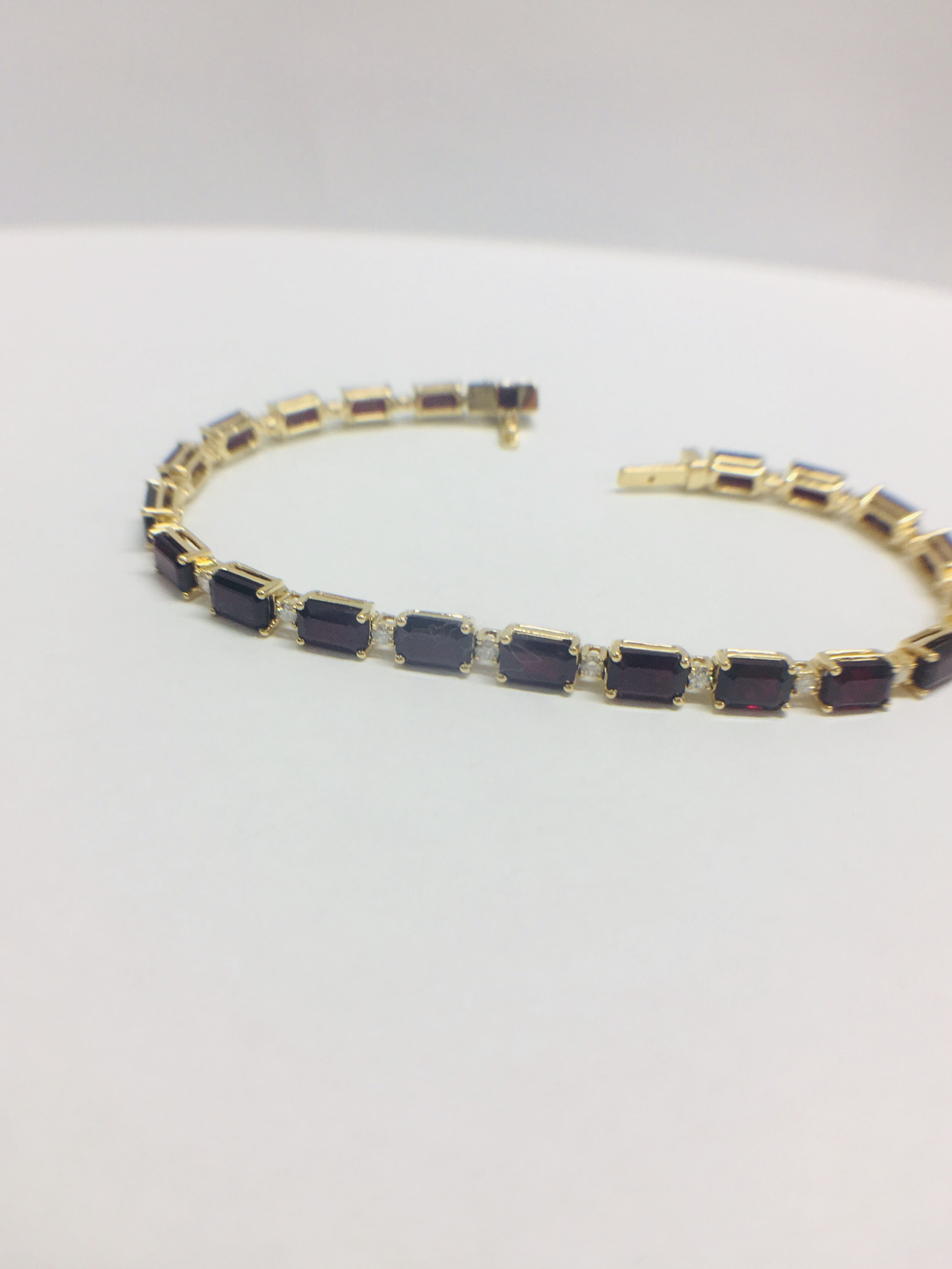 18ct yellow gold ruby and diamond tennis bracelet - Image 7 of 10