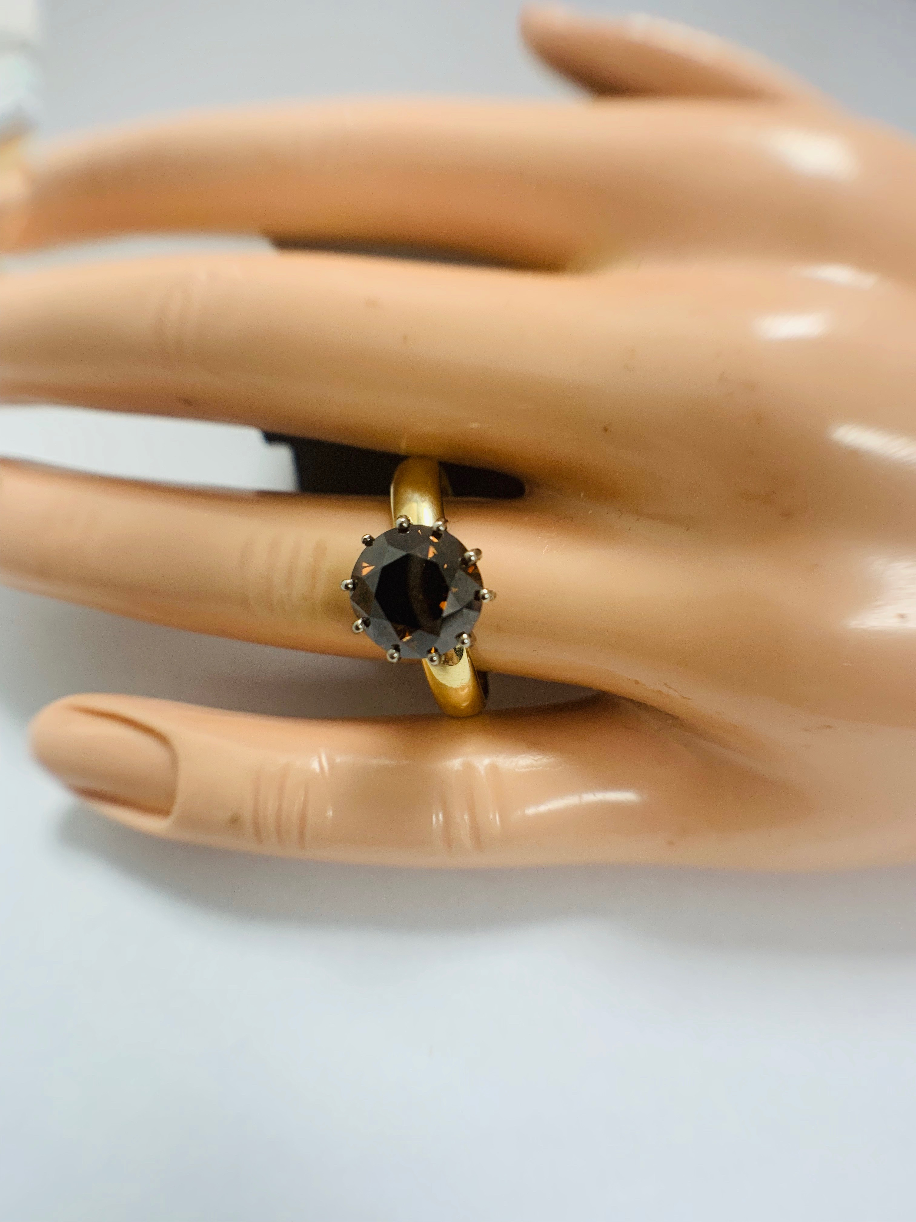 18ct Yellow Gold Diamond ring featuring centre, round brilliant cut, deep orangey brown Diamond (3.3 - Image 10 of 13