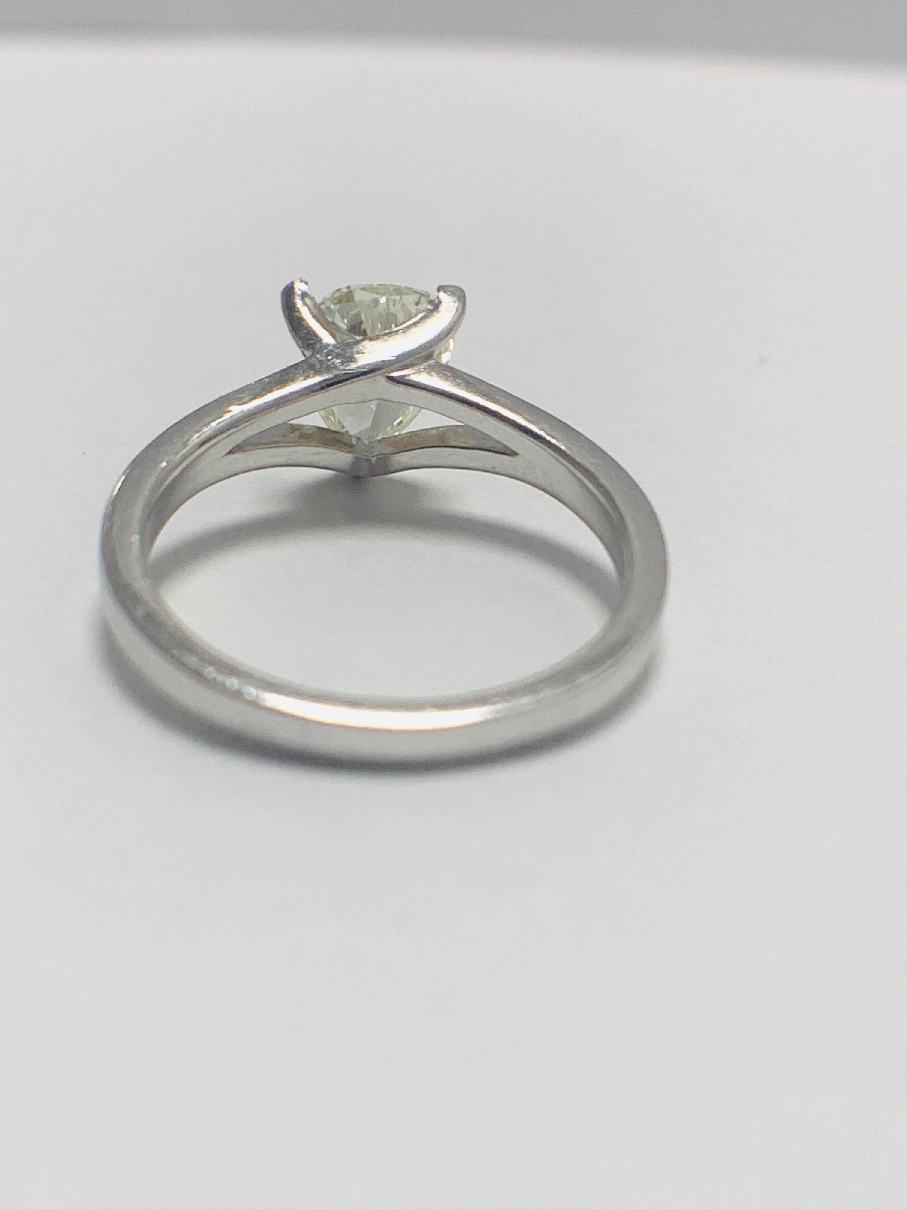 1ct Pearshape Diamond PLatinum Solitaire Ring. - Image 5 of 9