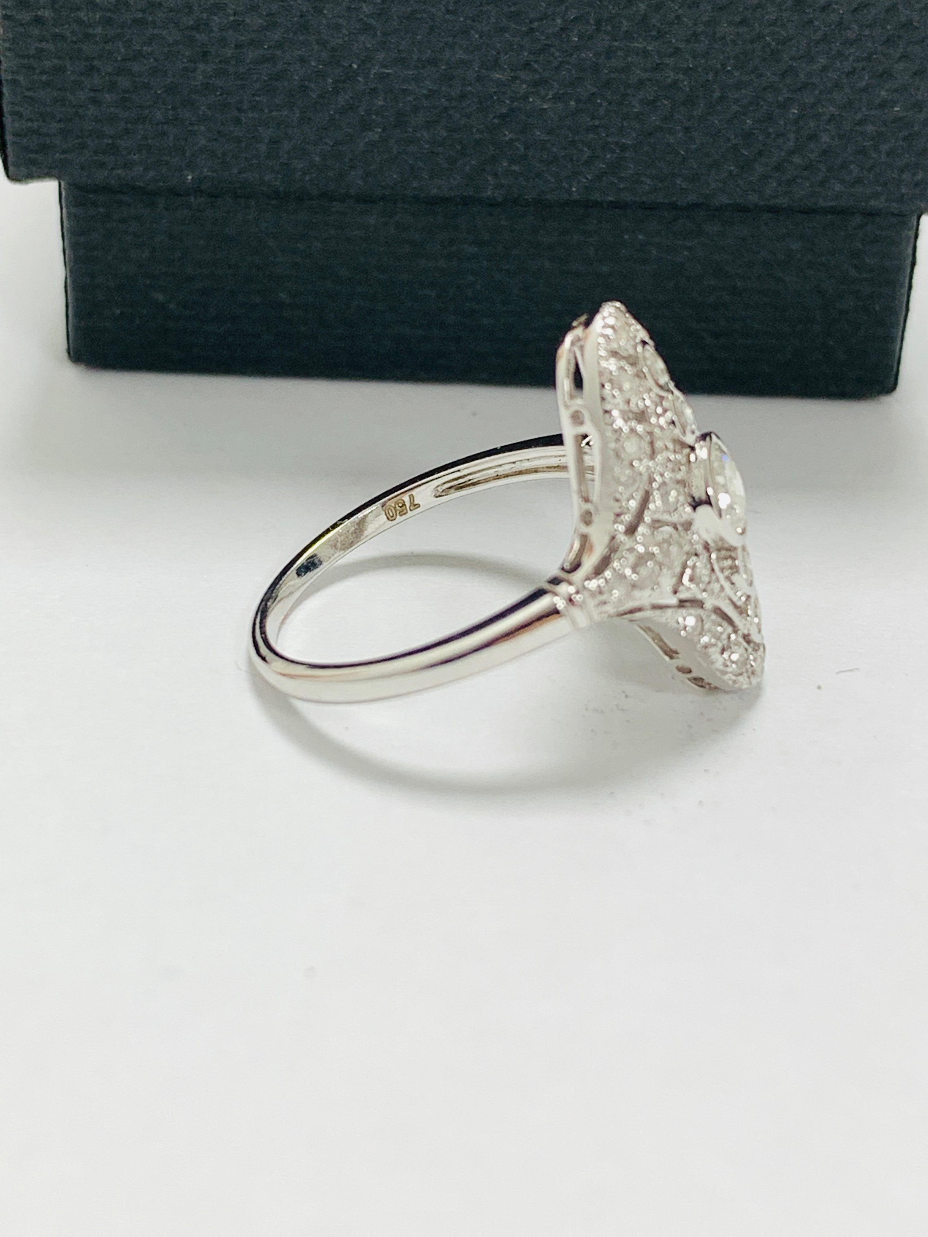 18ct white gold diamond ring. - Image 6 of 11