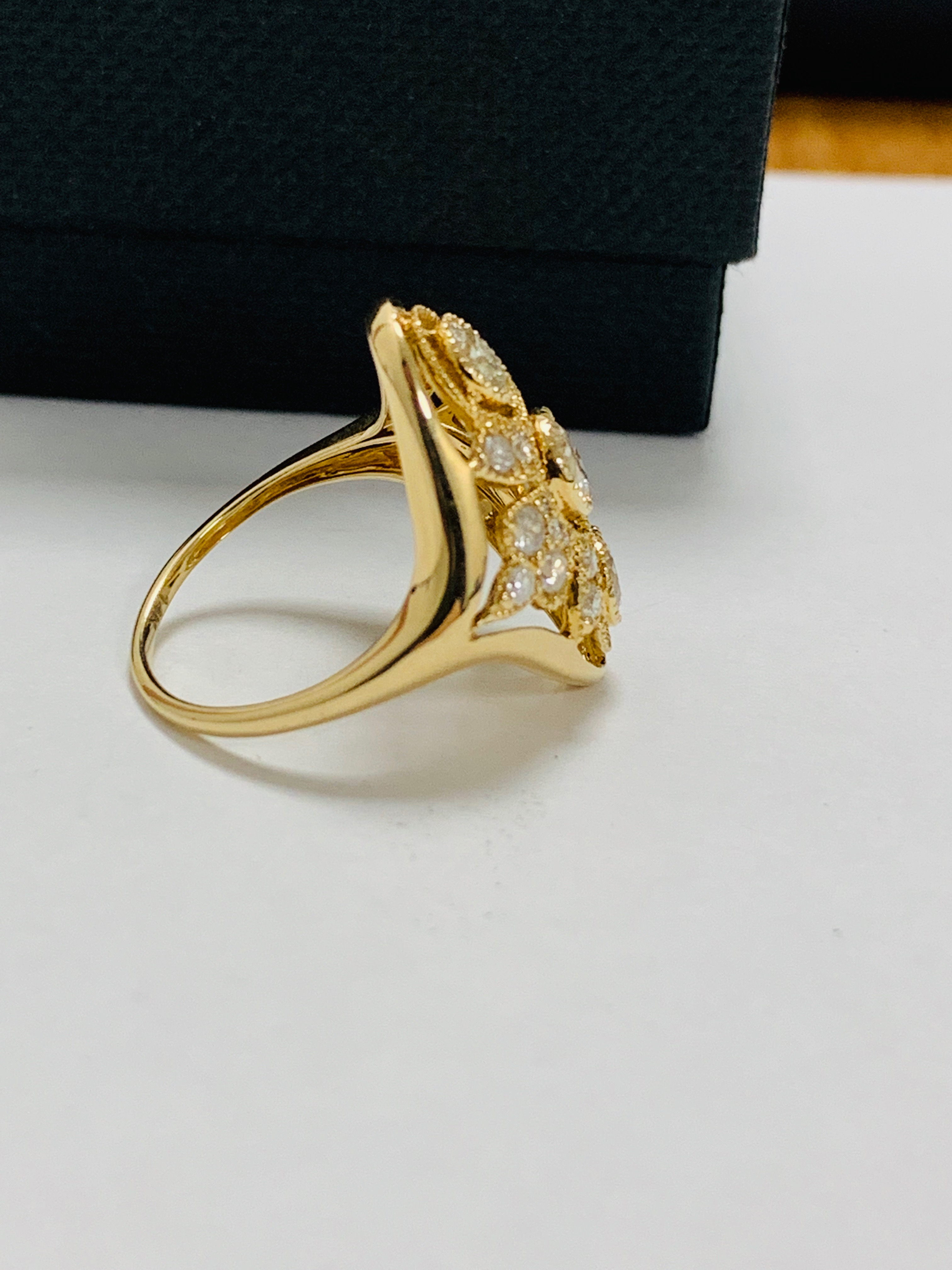 14ct yellow gold diamond ring. - Image 7 of 11