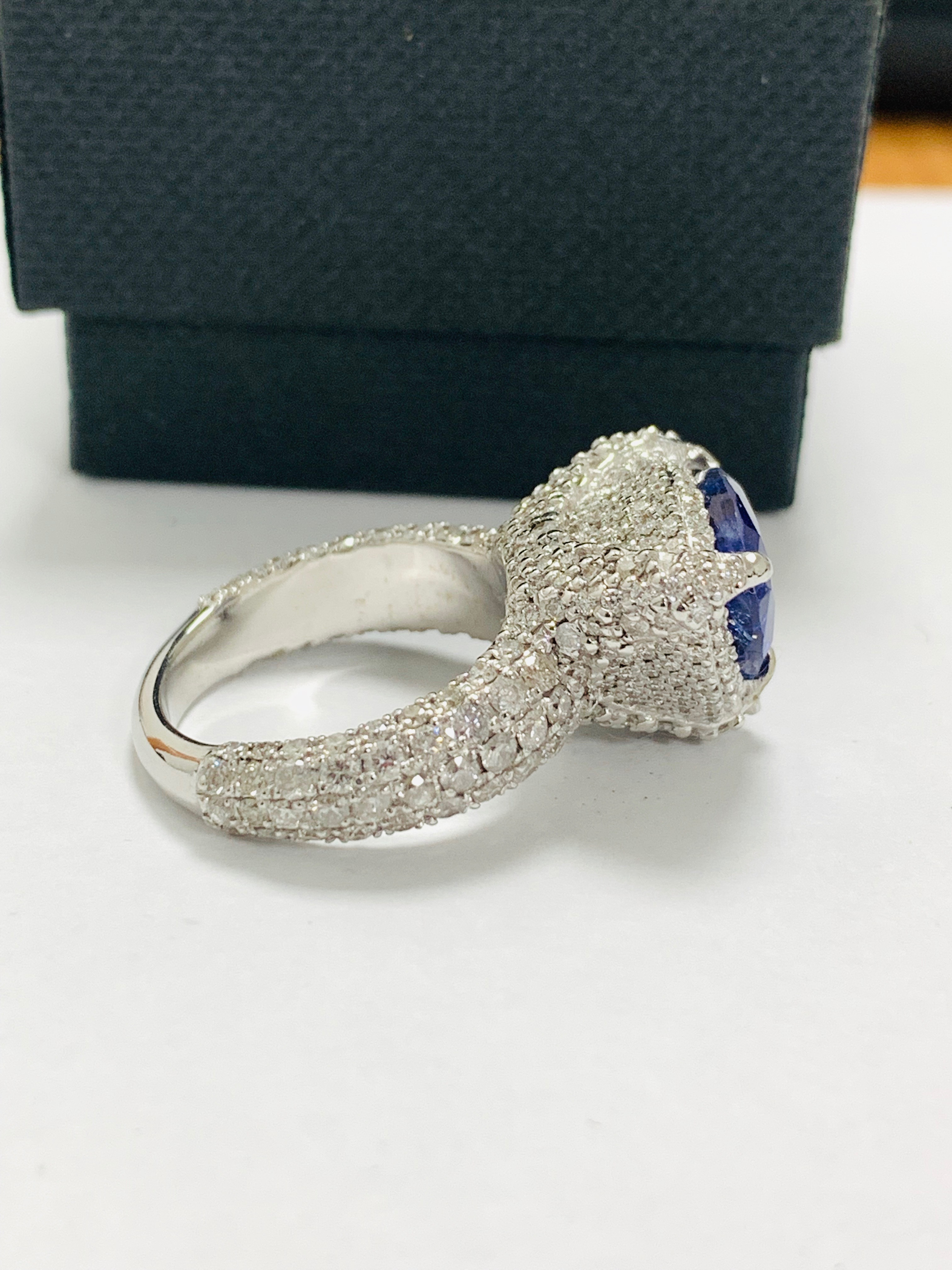 platinum tanzanite ring - Image 8 of 13