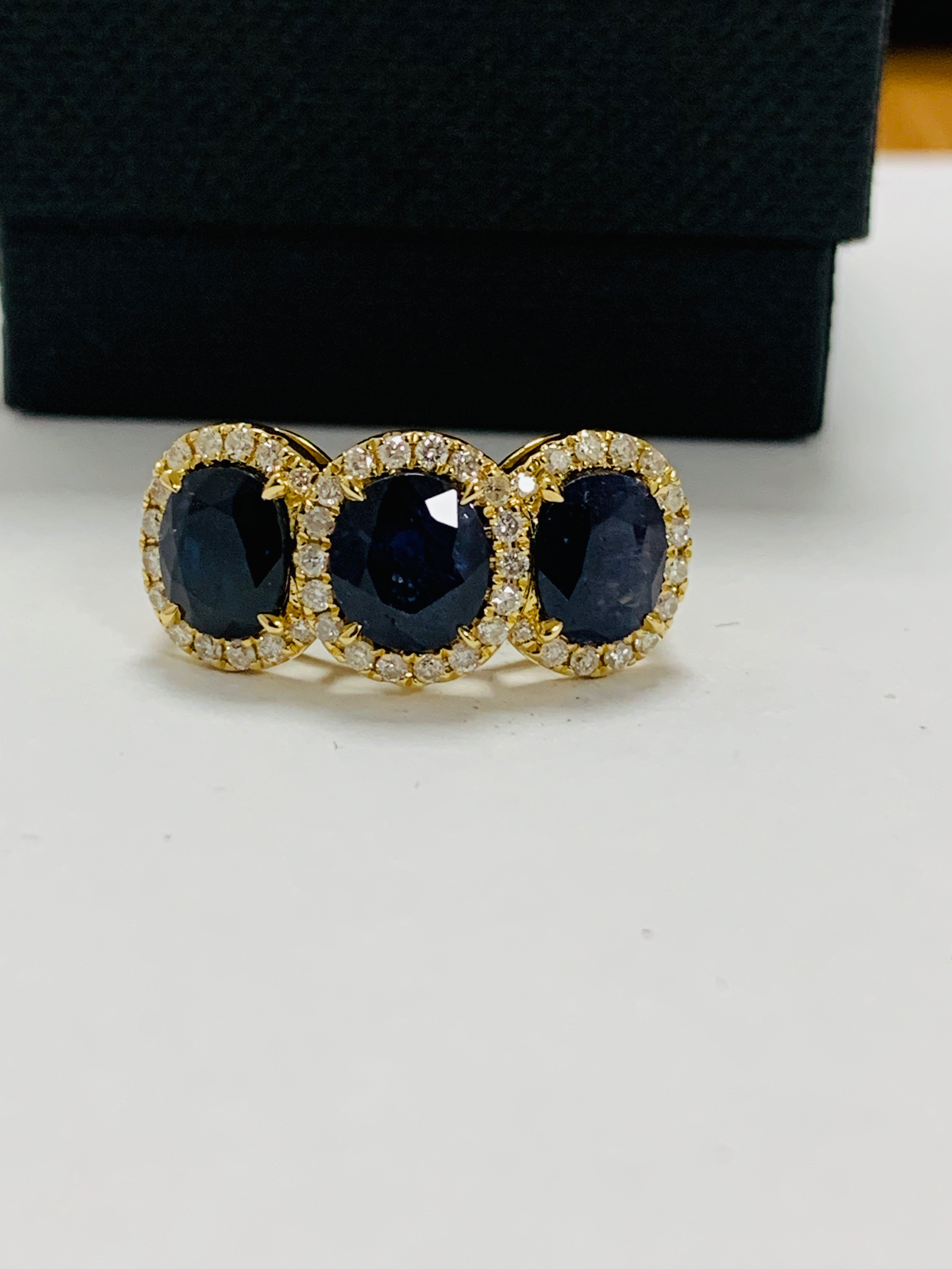 18ct yellow gold sapphire and diamond ring - Image 10 of 12