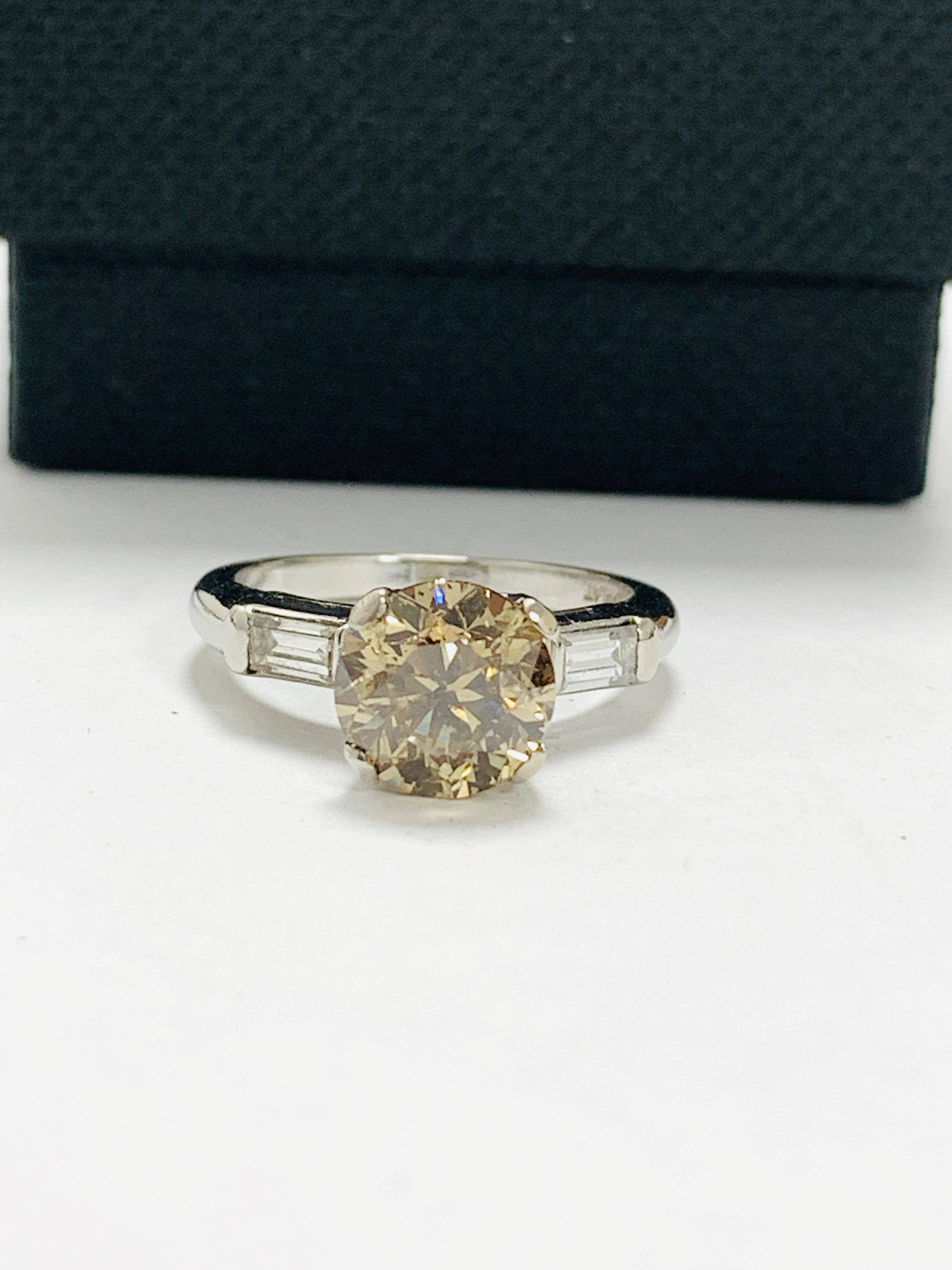 14ct white gold diamond ring. - Image 9 of 11