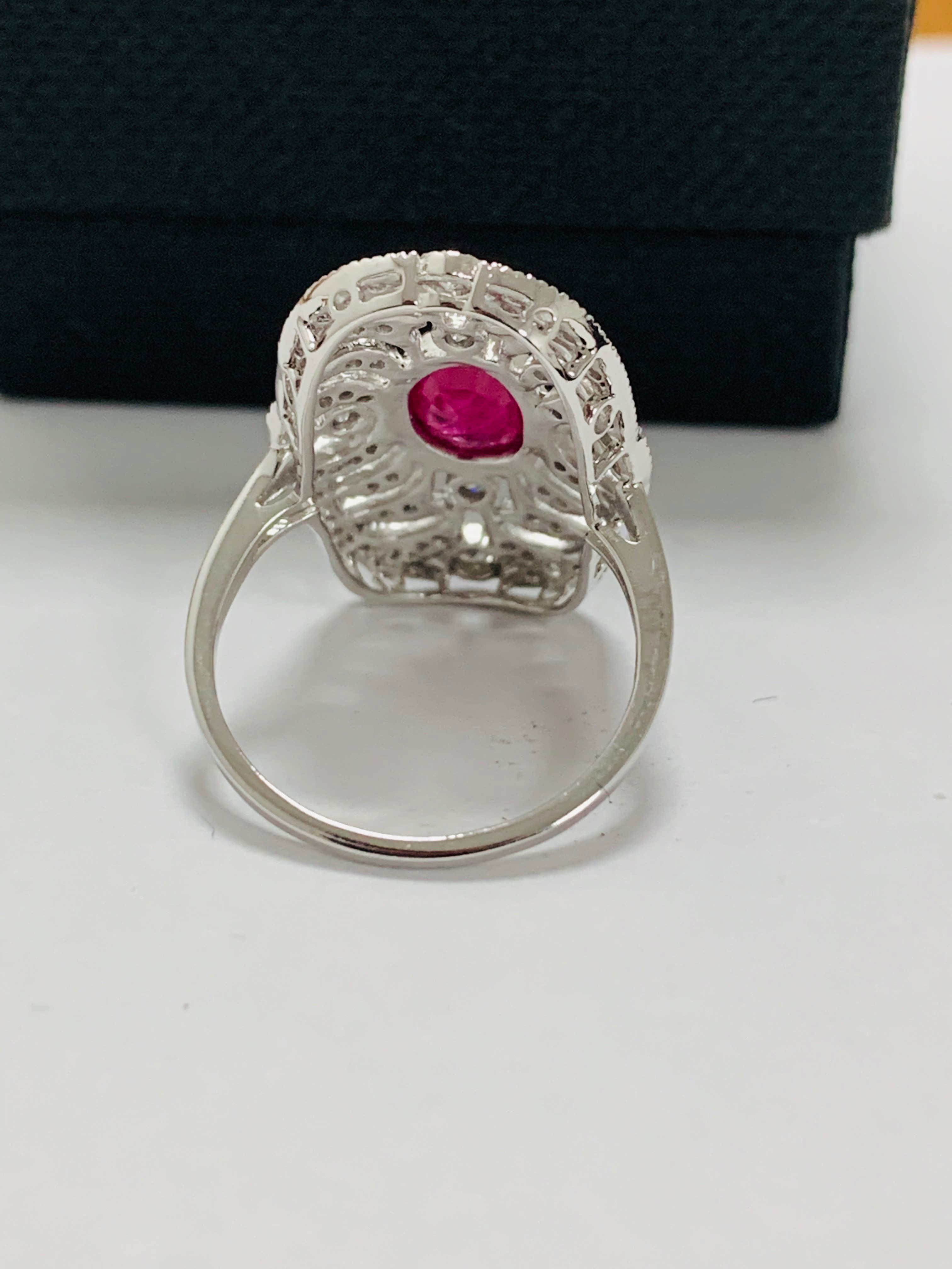 18ct white gold ruby& diamond ring. - Image 6 of 11
