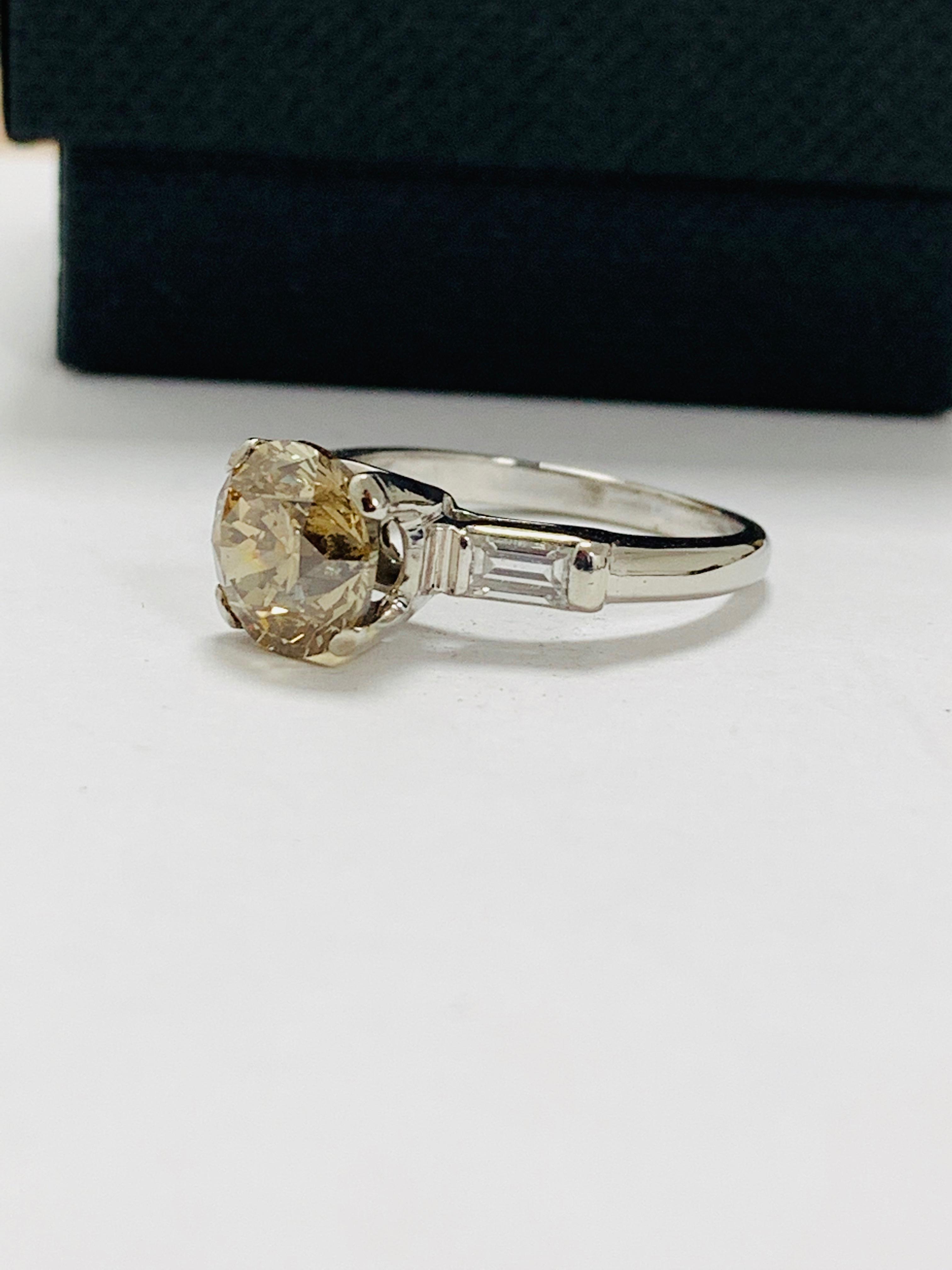 14ct white gold diamond ring. - Image 2 of 11