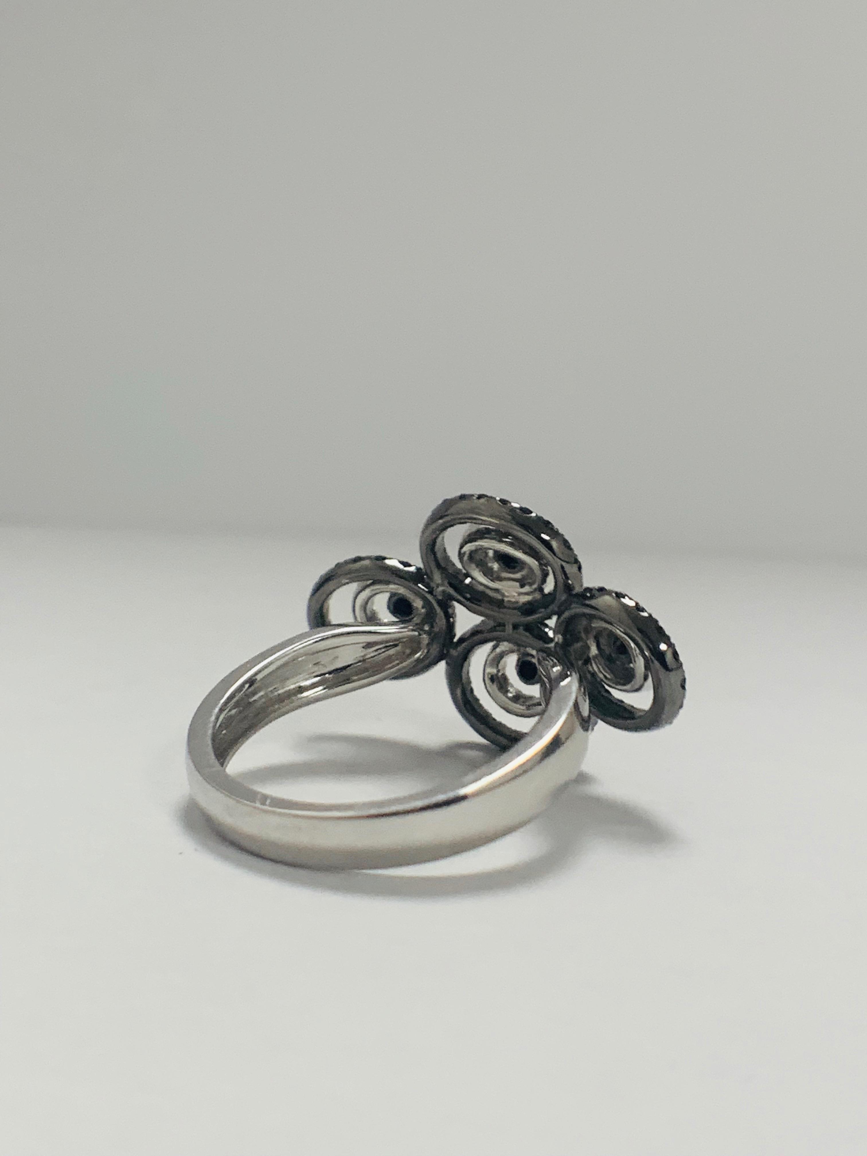 18ct White Gold Diamond ring featuring 80 round cut, black Diamonds (0.61ct TBDW) - Image 5 of 12