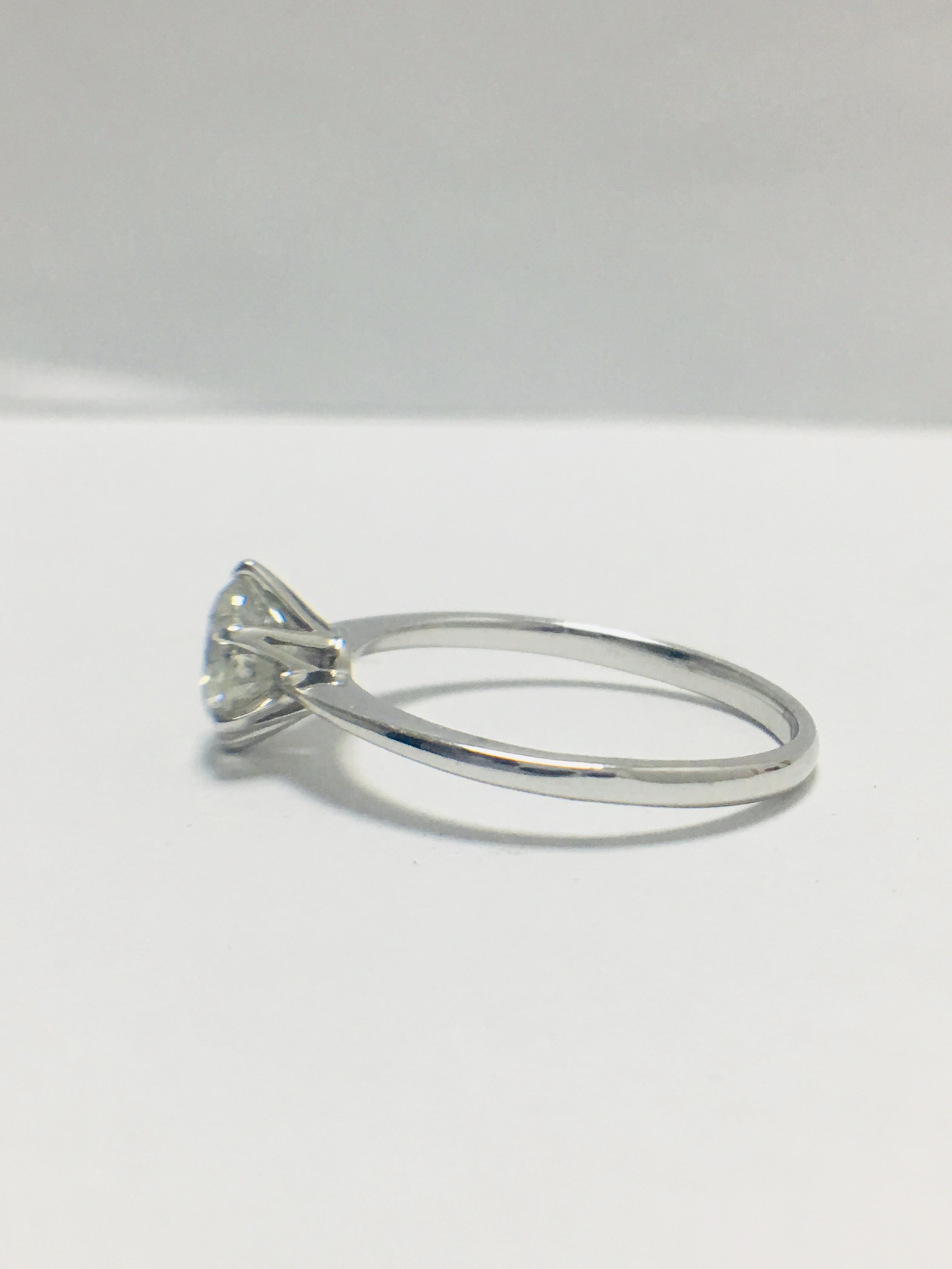 1ct platinum Diamond solitaire ring - Image 3 of 10