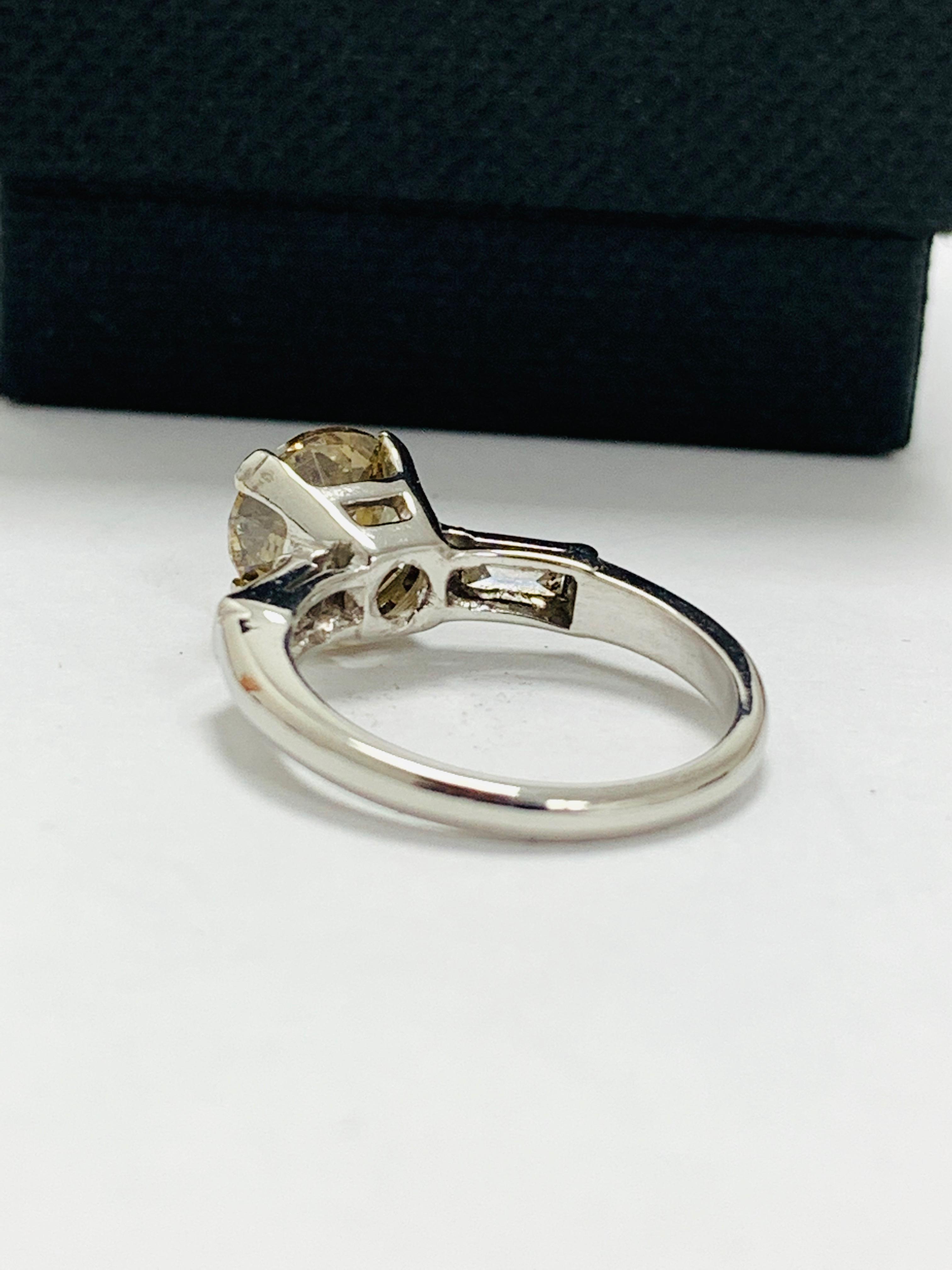 14ct white gold diamond ring. - Image 5 of 11