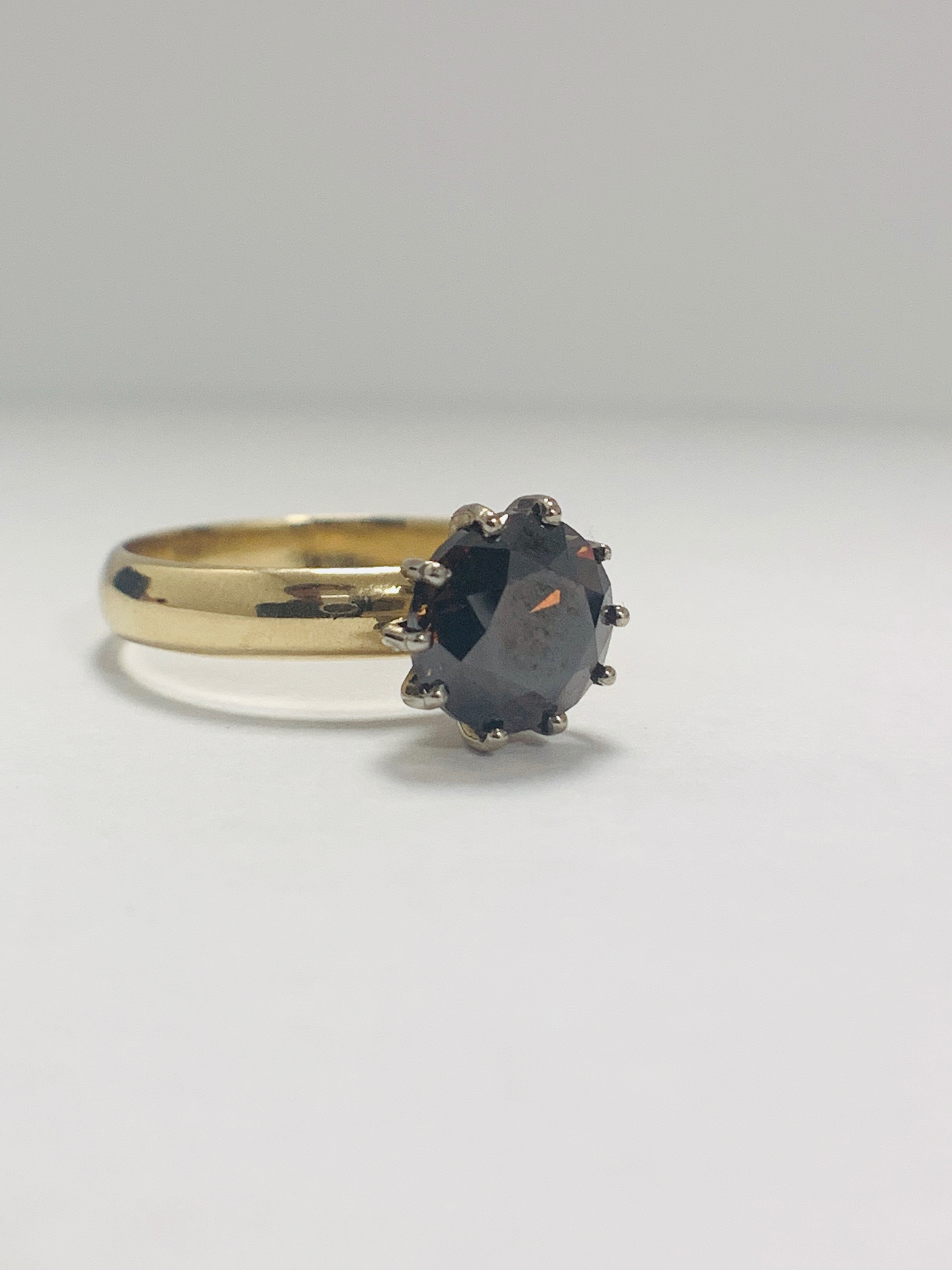 18ct Yellow Gold Diamond ring featuring centre, round brilliant cut, deep orangey brown Diamond (3.3 - Image 8 of 13