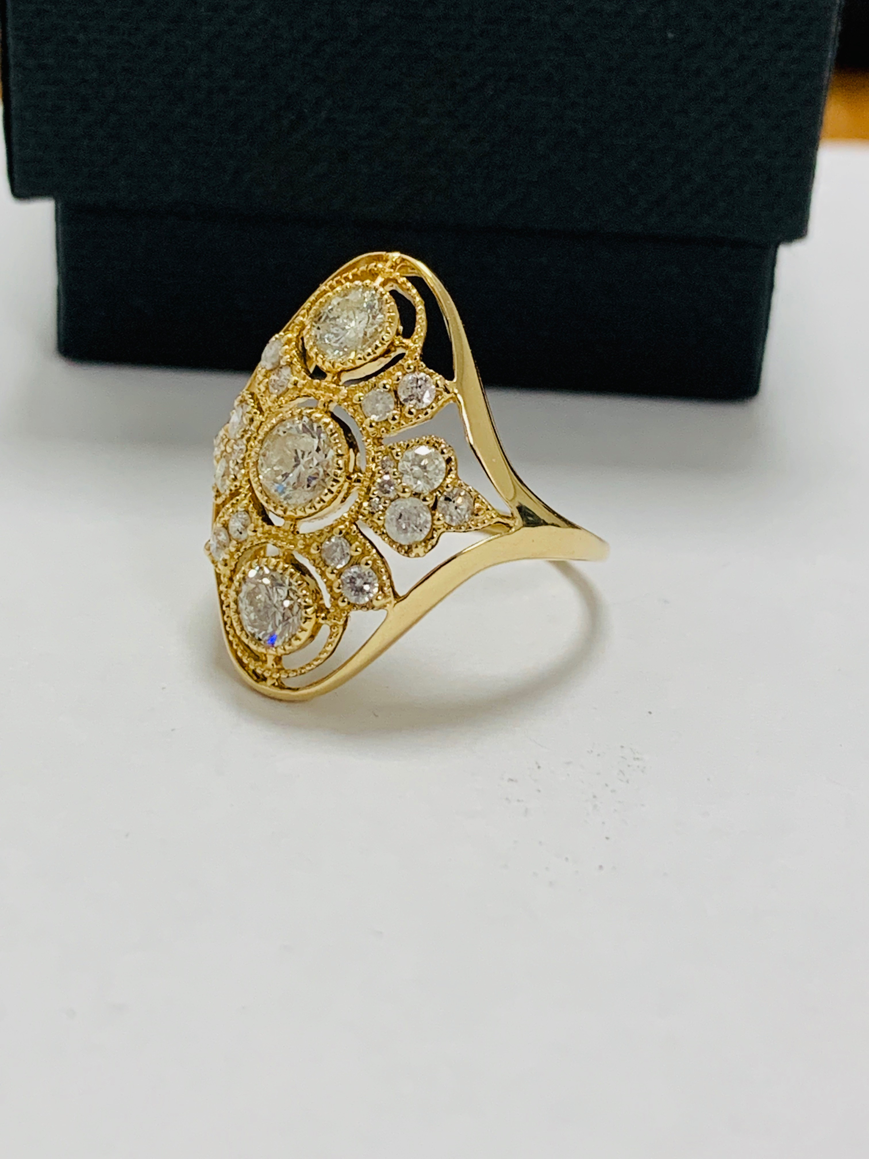 14ct yellow gold diamond ring. - Image 2 of 11