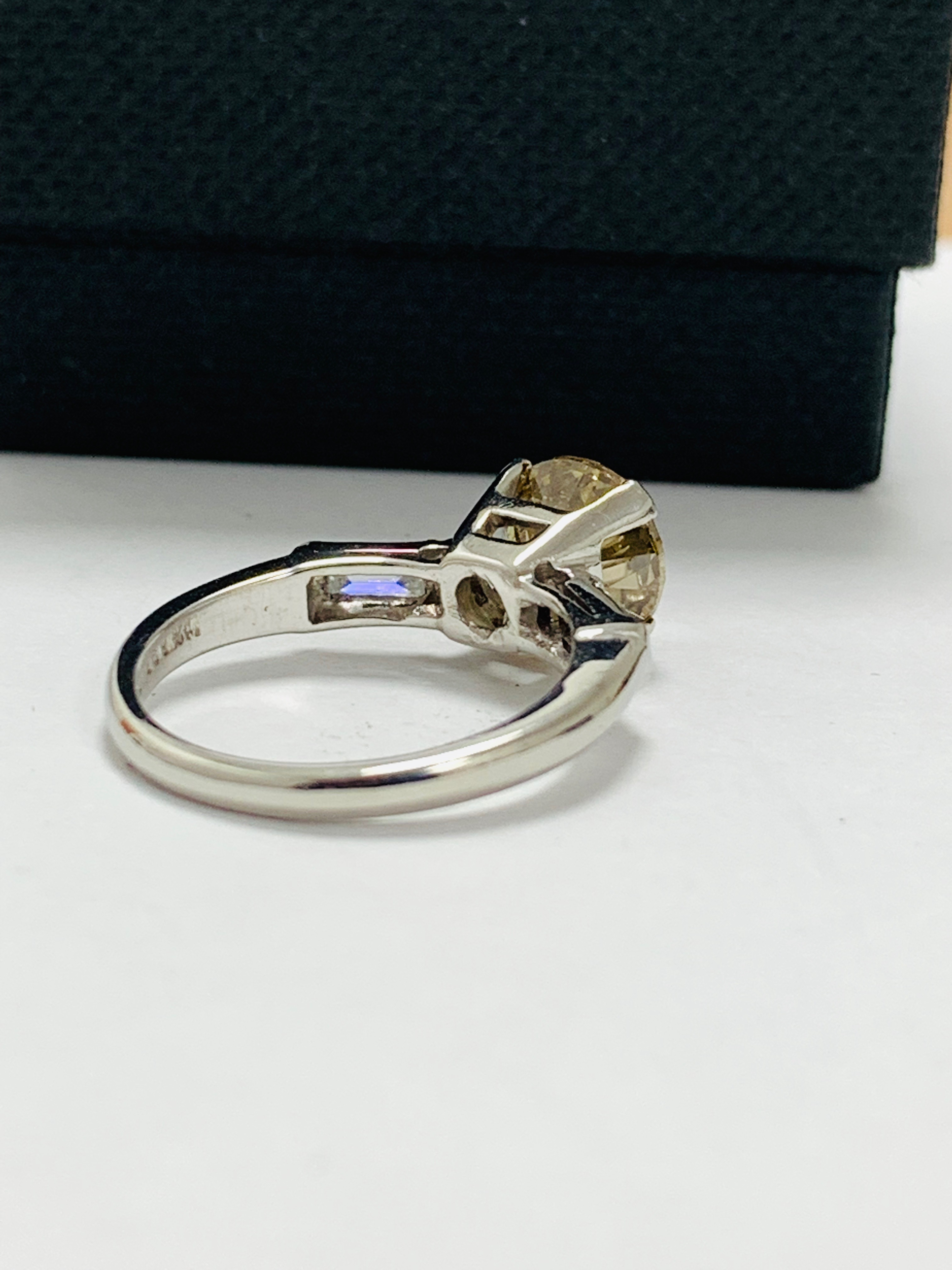 14ct white gold diamond ring. - Image 6 of 11
