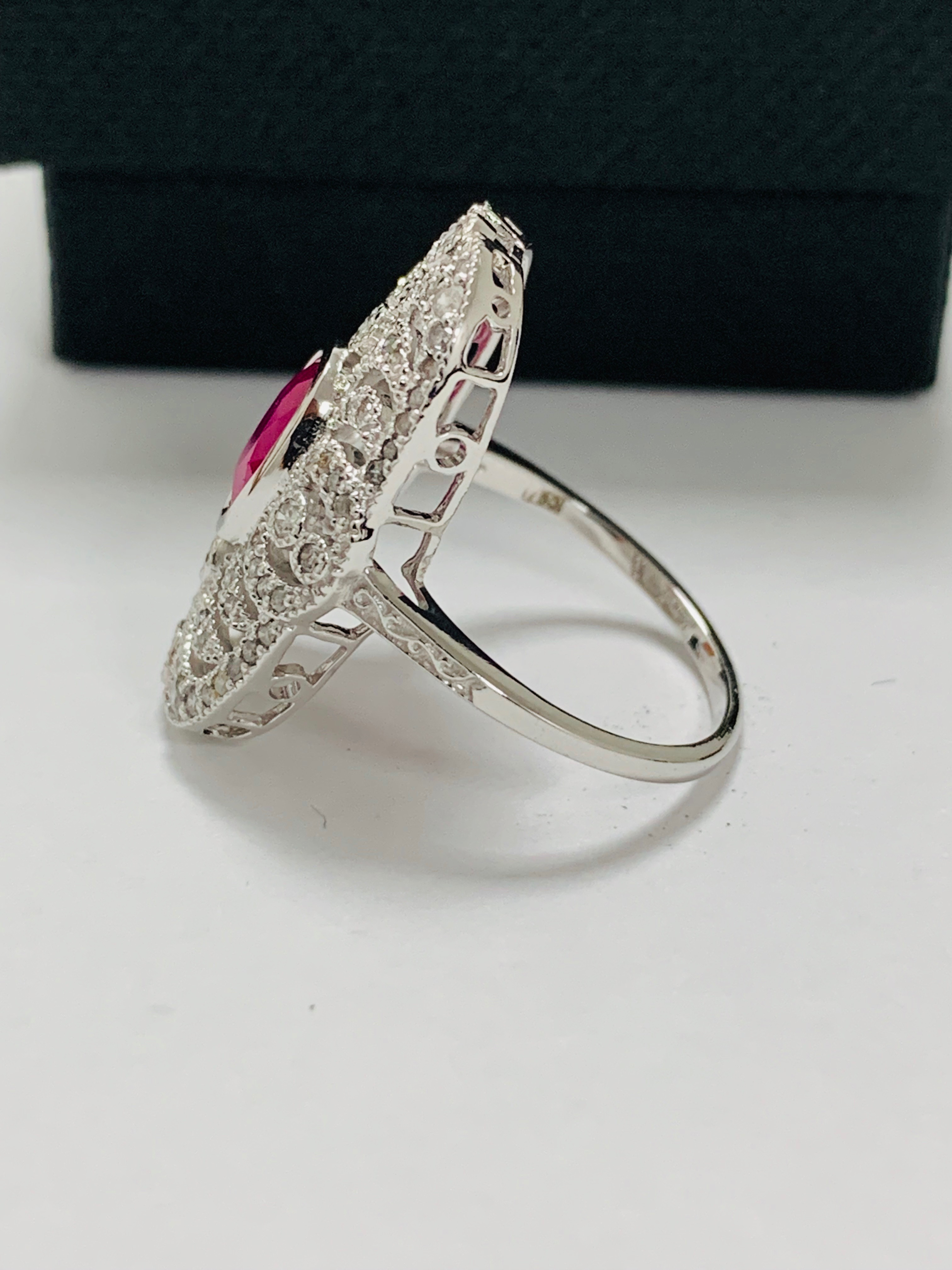 18ct white gold ruby& diamond ring. - Image 3 of 11