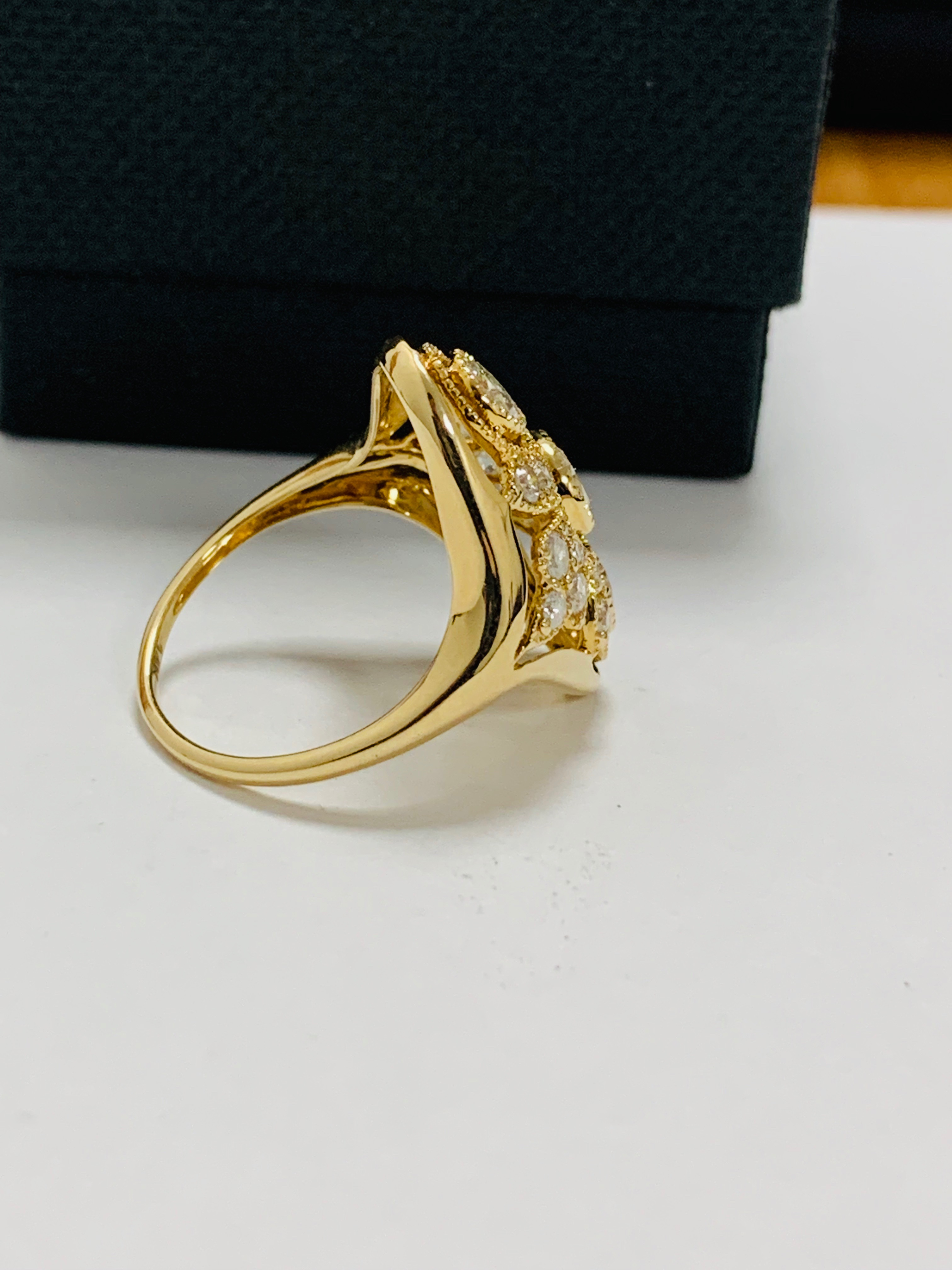 14ct yellow gold diamond ring. - Image 6 of 11