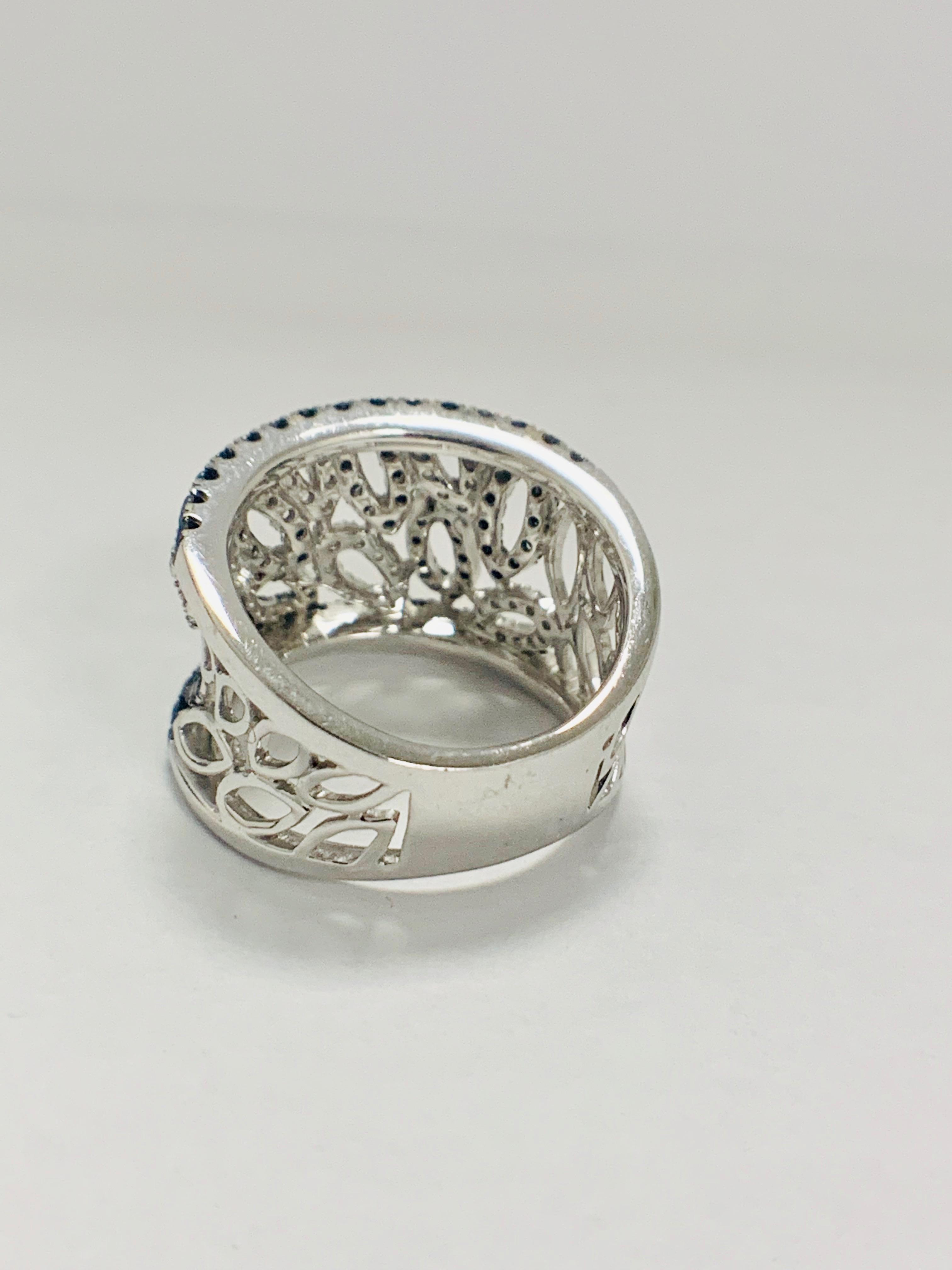 18ct White Gold Diamond ring featuring 90 round cut, black Diamonds (1.14ct TBDW) - Image 8 of 15