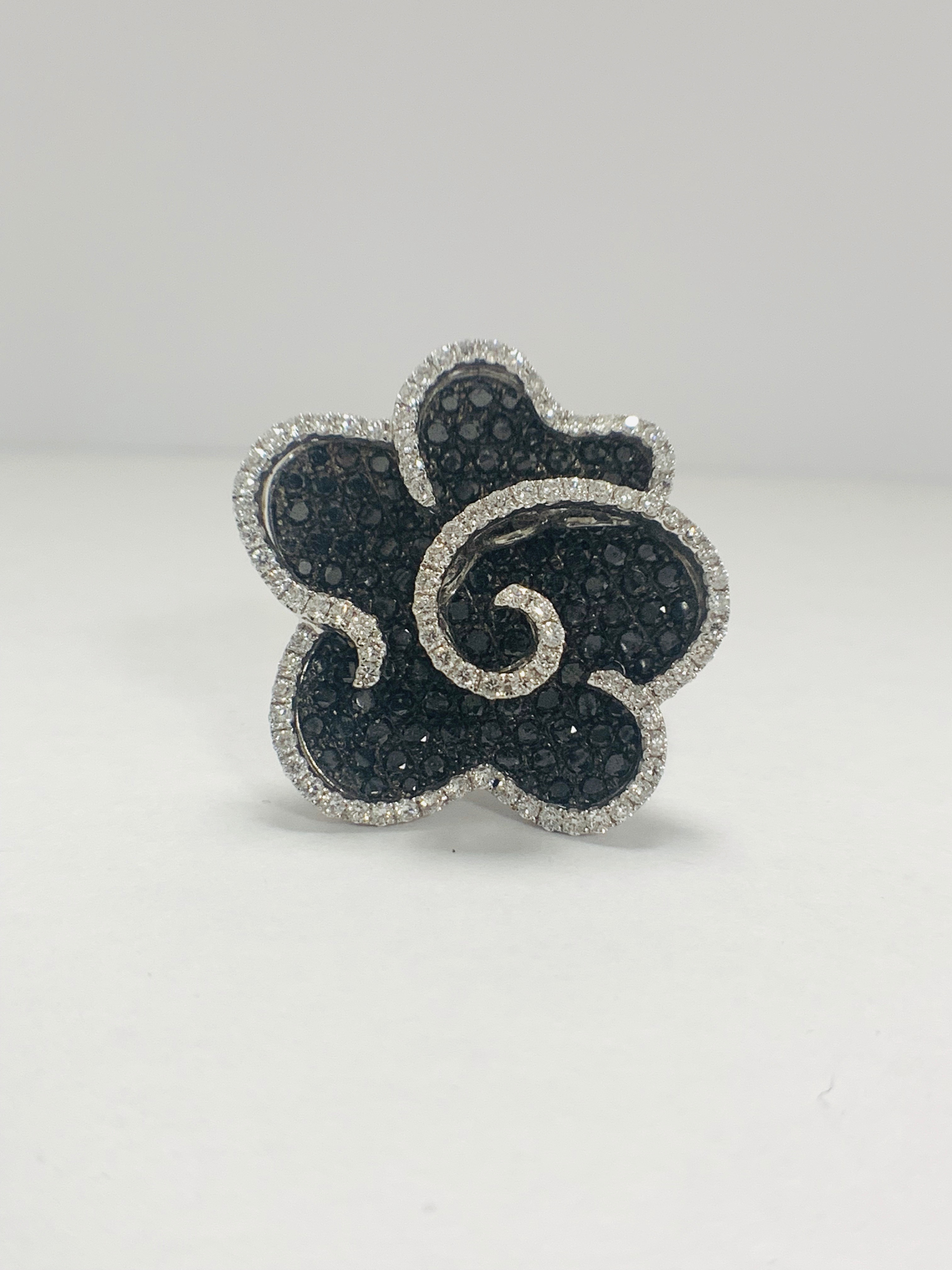 18ct White Gold Diamond flower design ring featuring 123 round cut, black Diamonds (2.25ct TBDW)