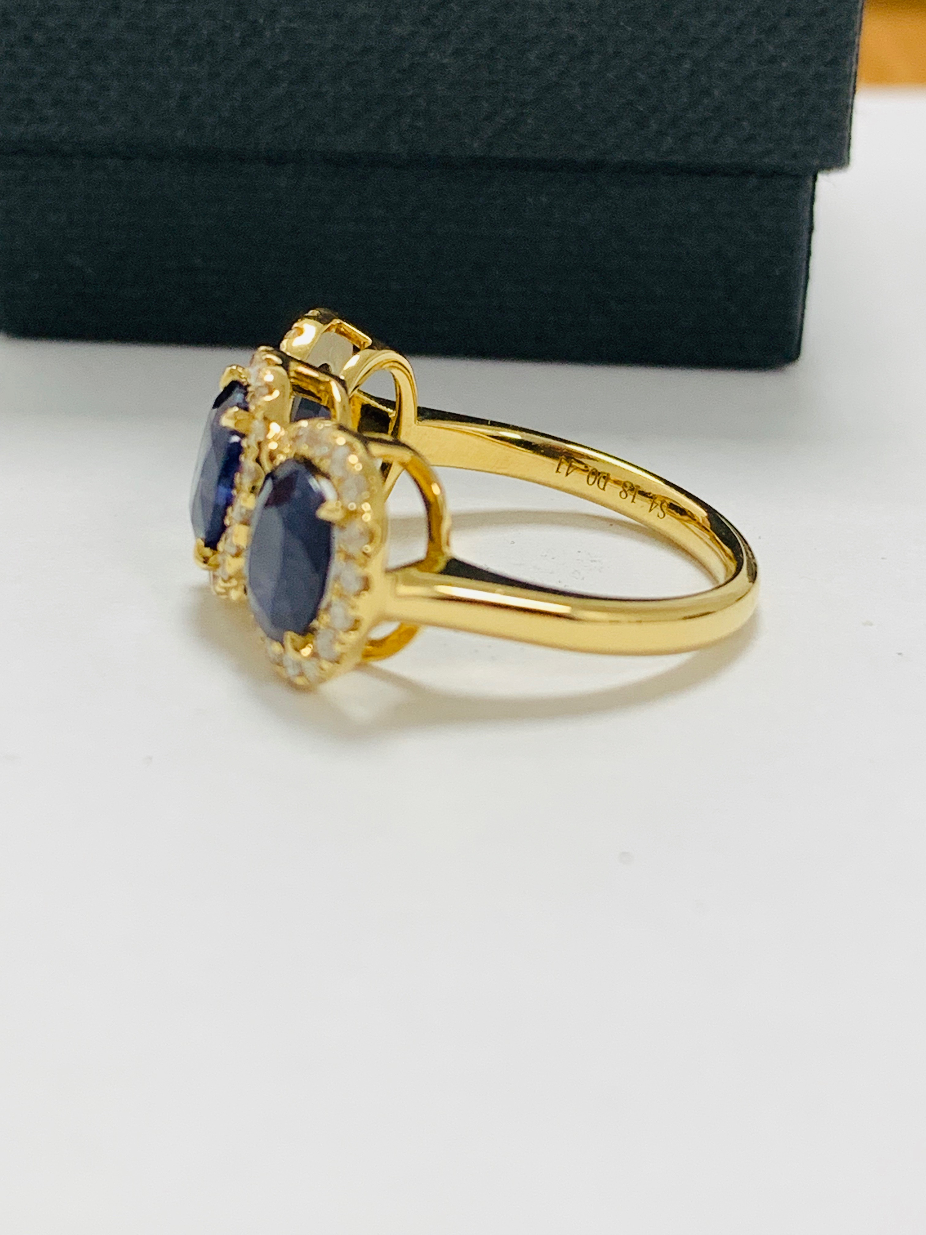 18ct yellow gold sapphire and diamond ring - Image 4 of 12
