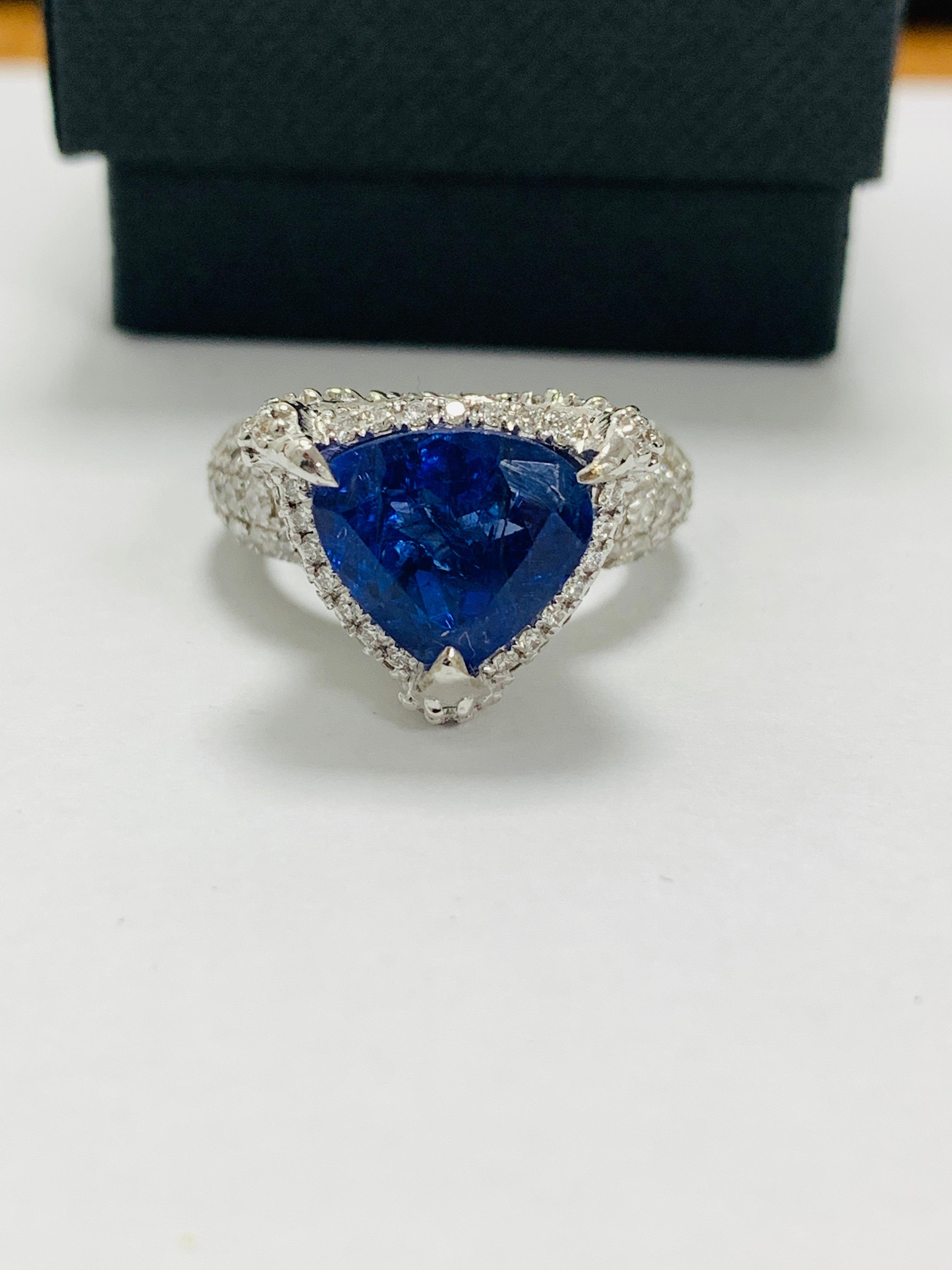 platinum tanzanite ring