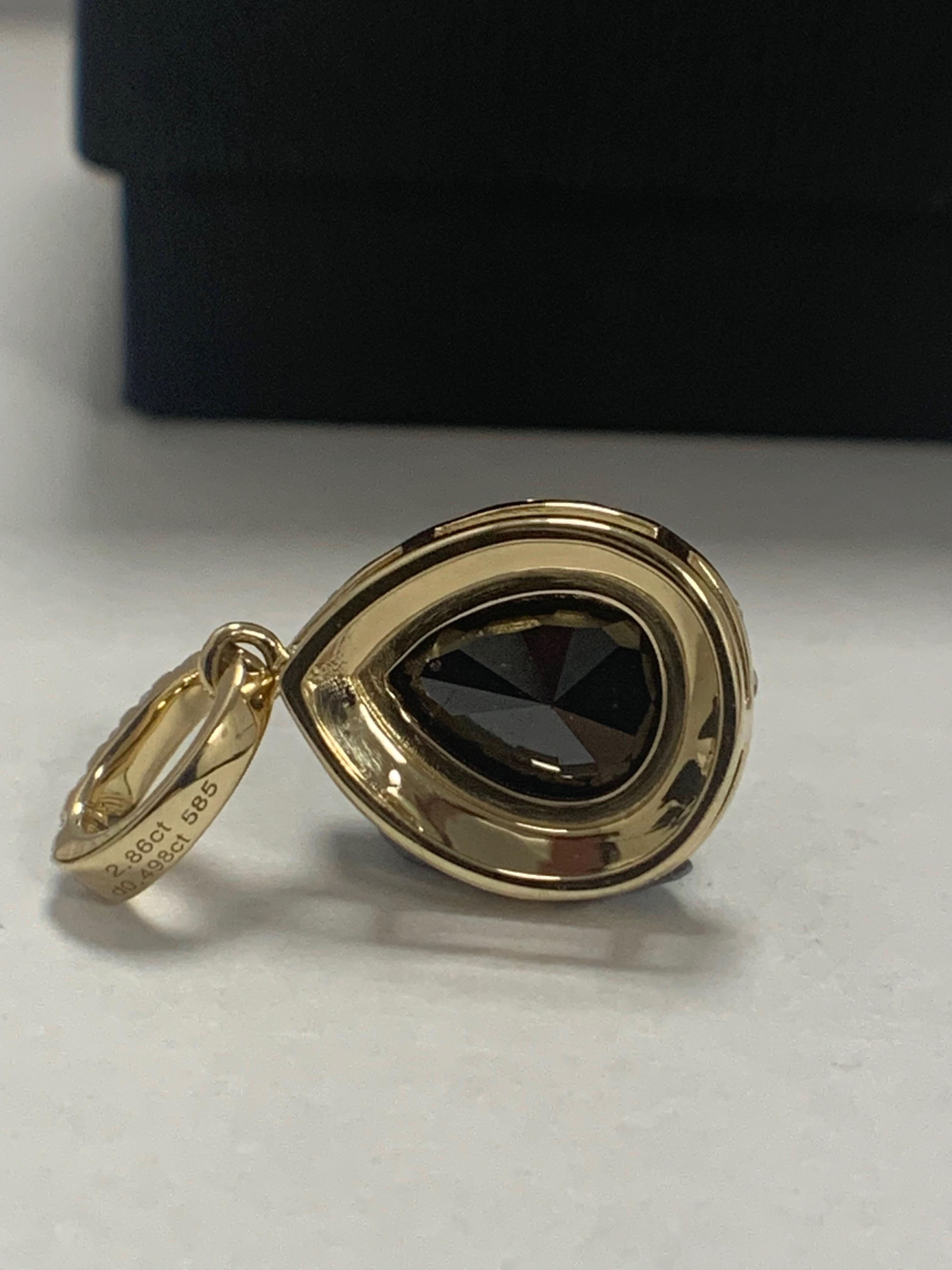 14ct Yellow Gold Diamond pendant featuring centre, pear cut, black Diamond (2.86ct) - Image 4 of 6