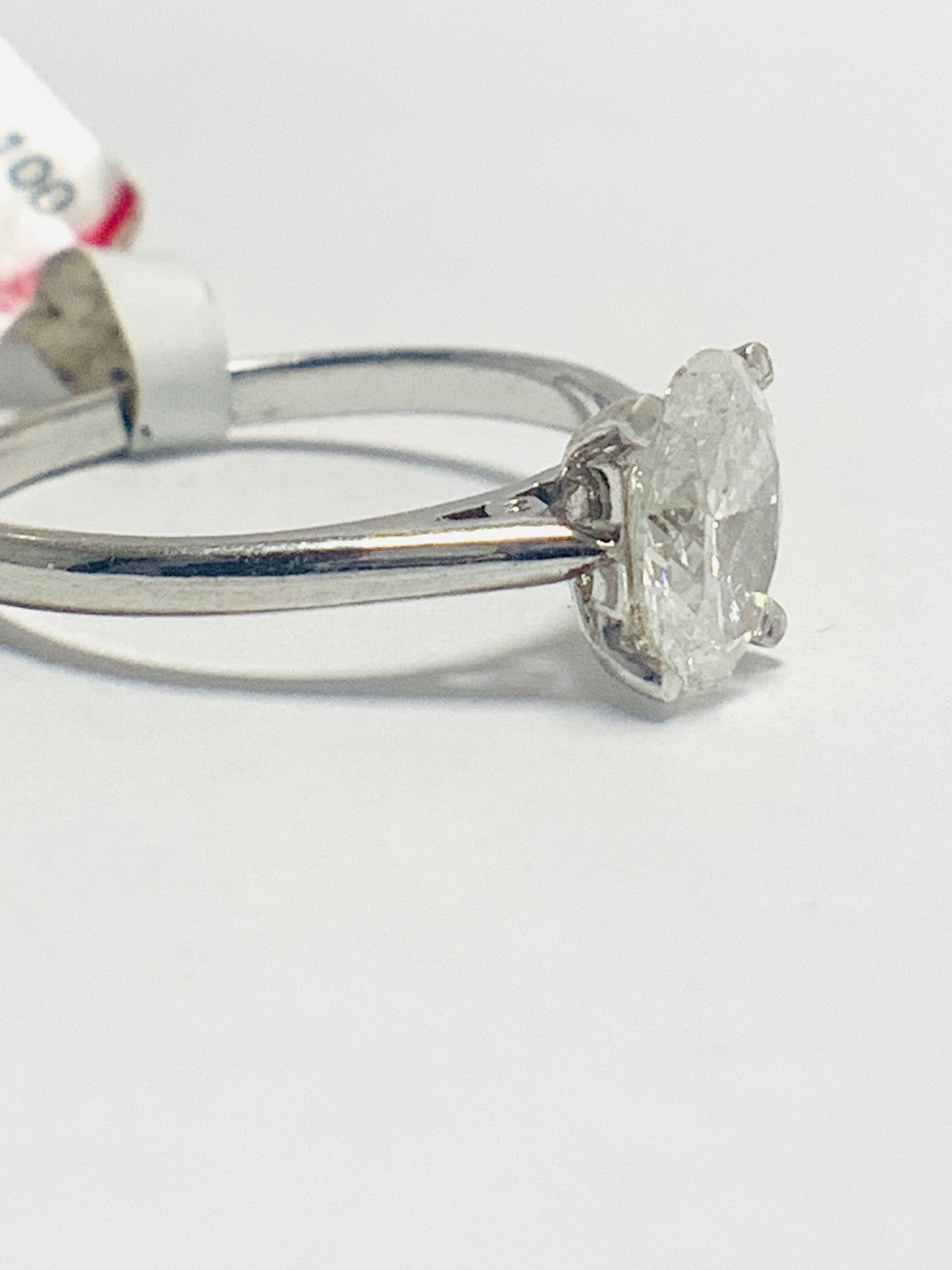 1ct Oval diamond solitaire platinum ring - Image 5 of 9