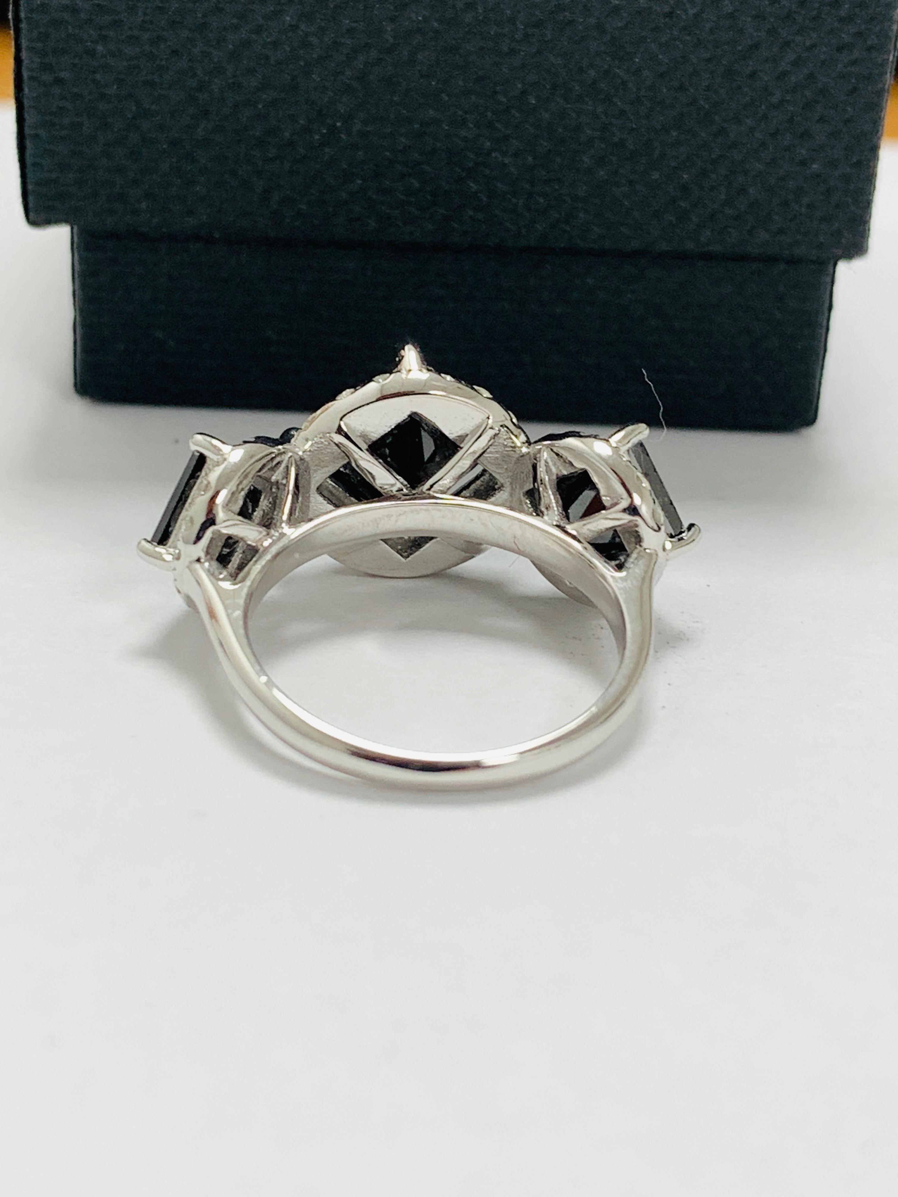 14ct white gold black diamond trilogy ring. - Image 7 of 14